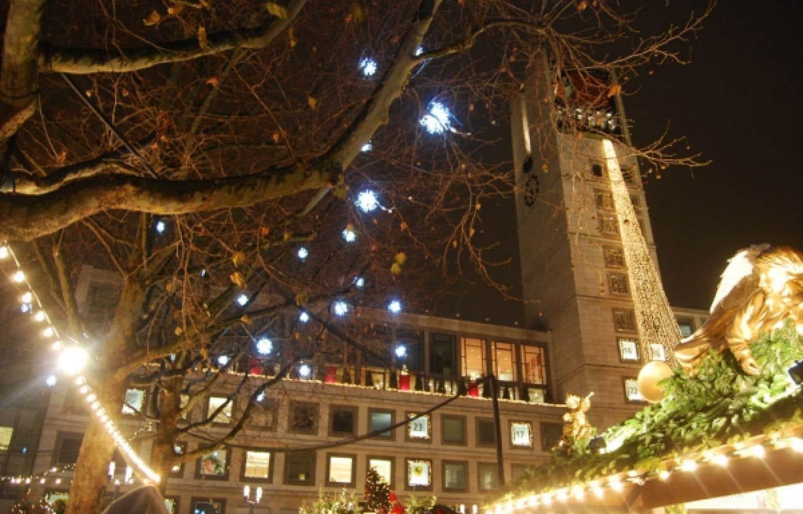 La ville de Stuttgart possède un très important marché de Noël, installé durant quatre semaines dans le centre-ville, ainsi qu'un second marché couvert datant de 1904.<br />