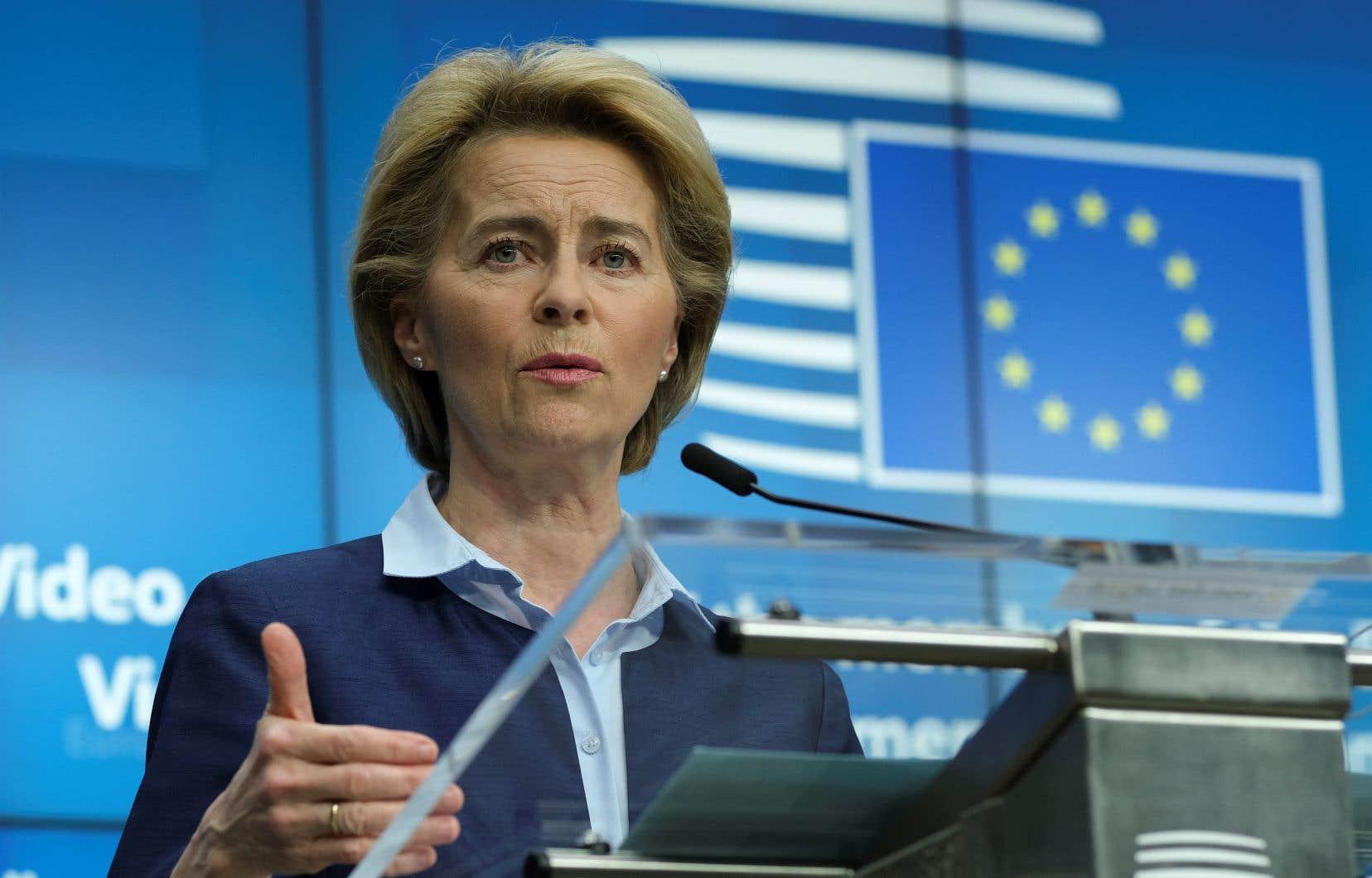 La présidente de la Commission européenne, Ursula von der Leyen, en conférence de presse jeudi