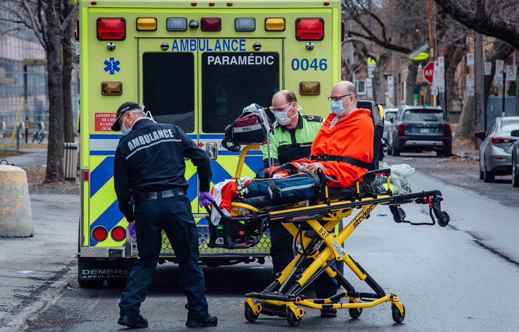 Ces quartiers inquiètent les autorités montréalaises de santé publique en raison du nombre élevé de personnes qui y ont attrapé le coronavirus depuis le 8 avril.