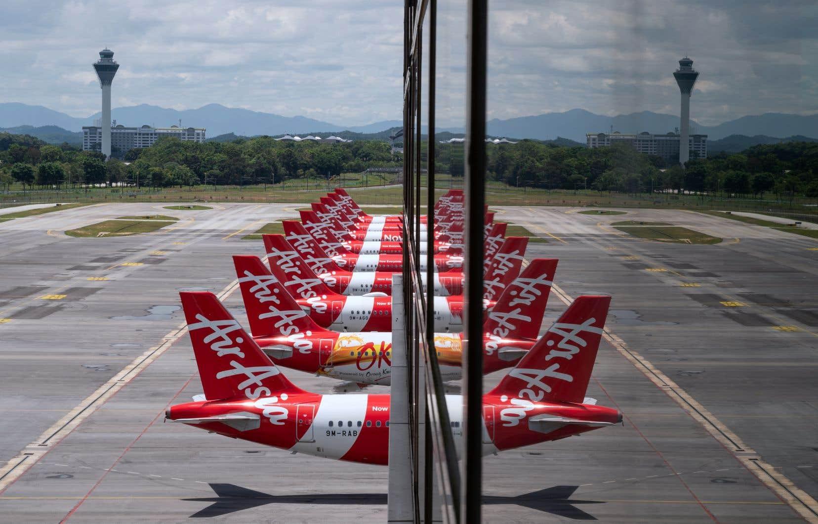 Plusieurs grandes compagnies aériennes et constructeurs aéronautiques ont déjà annoncé des suppressions d'emplois.