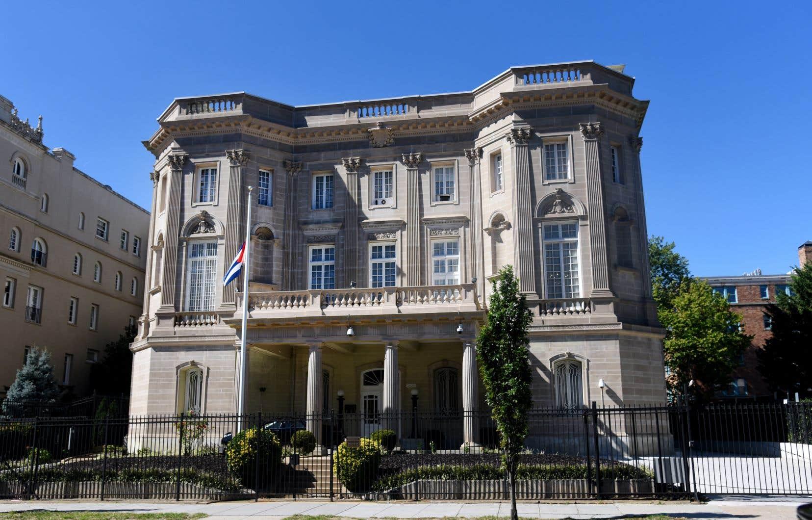 Vue sur l'ambassade de Cuba à Washington