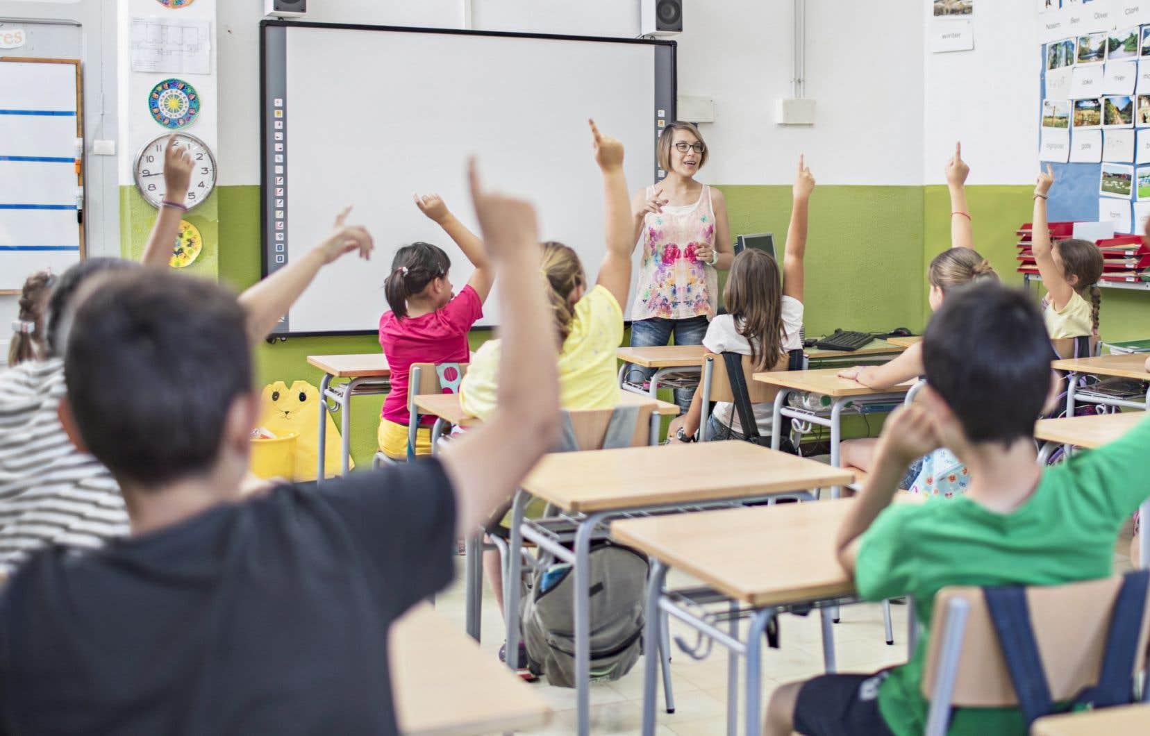 «Les enseignants sont trop importants pour notre société, on ne peut pas se payer le luxe qu'ils tombent au combat», affirme l'auteure.