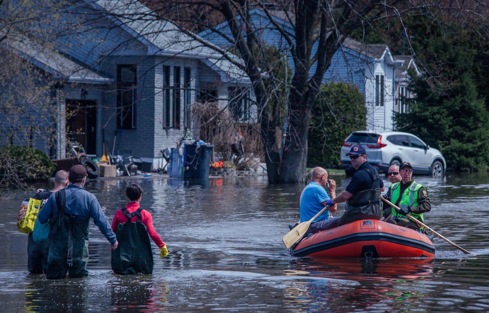 Le 27avril 2019 a marqué le Québec: pour la première fois, une digue non reliée à un barrage a cédé et entraîné des dégâts majeurs.