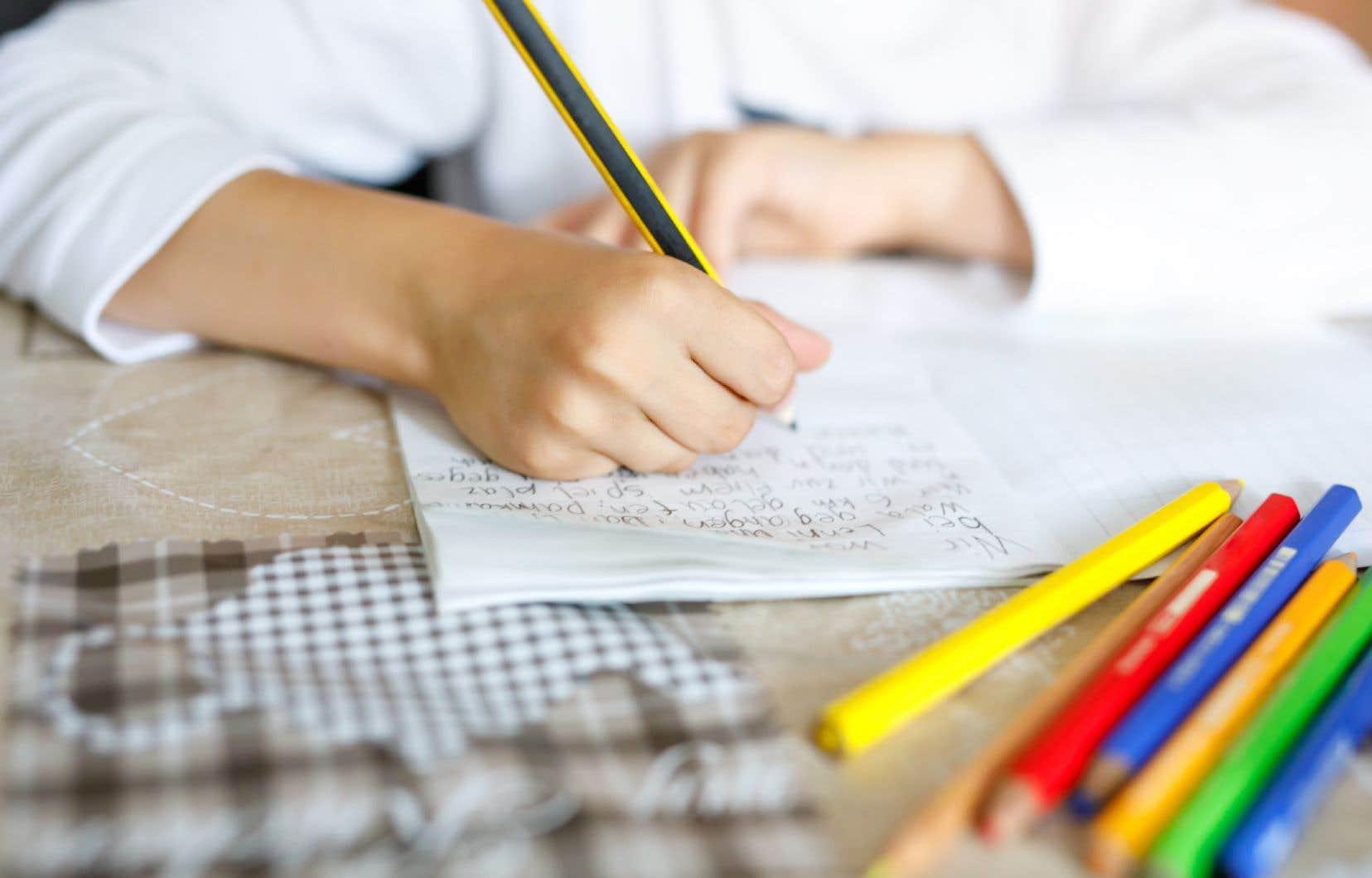 Il n'est pas obligatoire d'envoyer les petits à l'école, a précisé le premier ministre en annonçant son plan de réouverture des écoles primaires et des garderies.