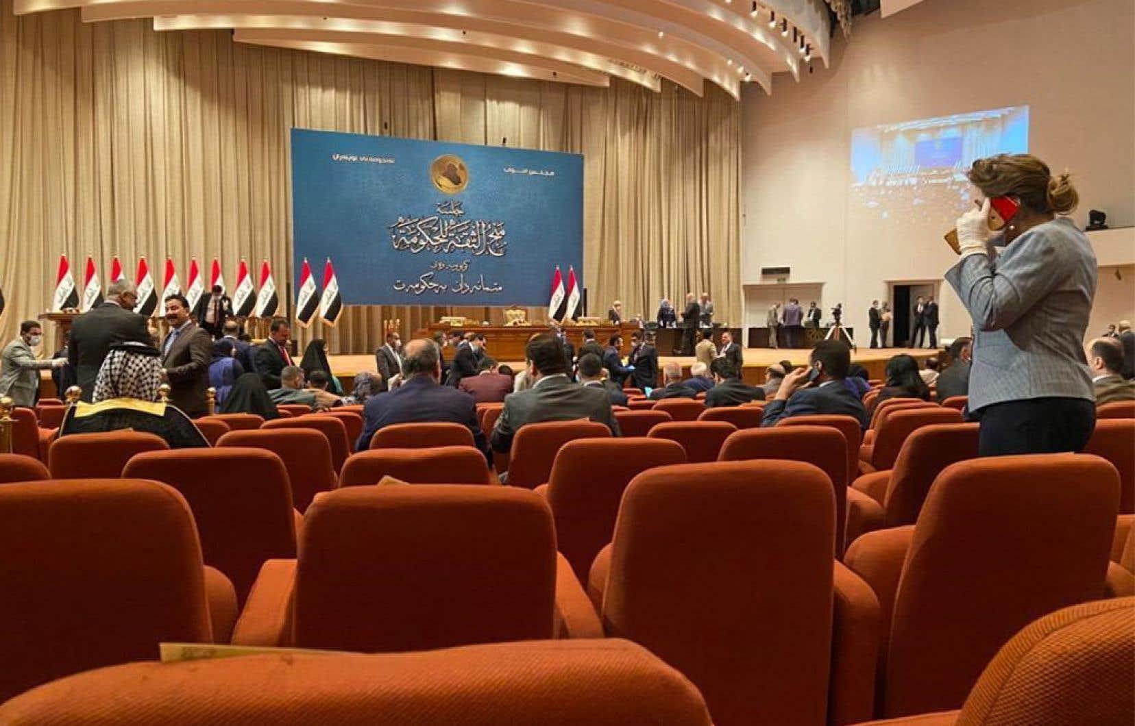 En octobre, l'Irak a été le théâtre d'une révolte populaire inédite par sa spontanéité et son ampleur, réclamant un renouvellement complet du système politique et de tous ses hommes.