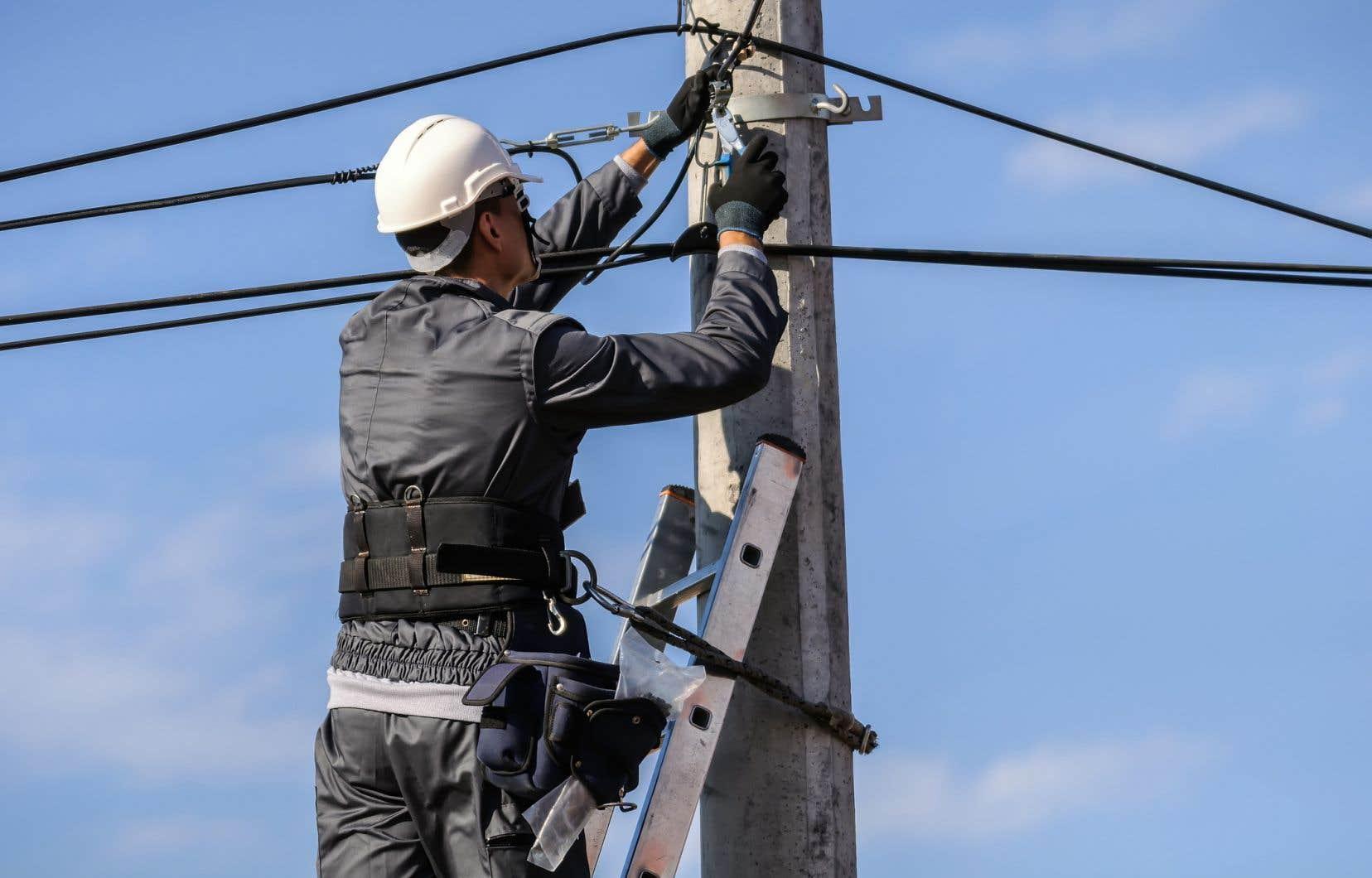 Les régions ont un urgent besoin d'accès à Internet à haut débit, démontre l'auteur.