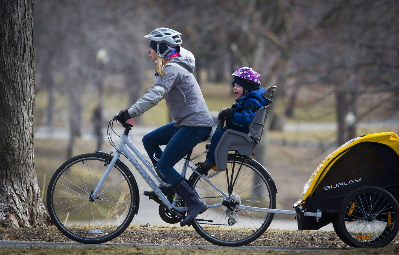 Sans la possibilité de voyager, nombre de Montréalais risquent de passer leur été dans la métropole avec l'envie de la découvrir à pied ou à vélo.
