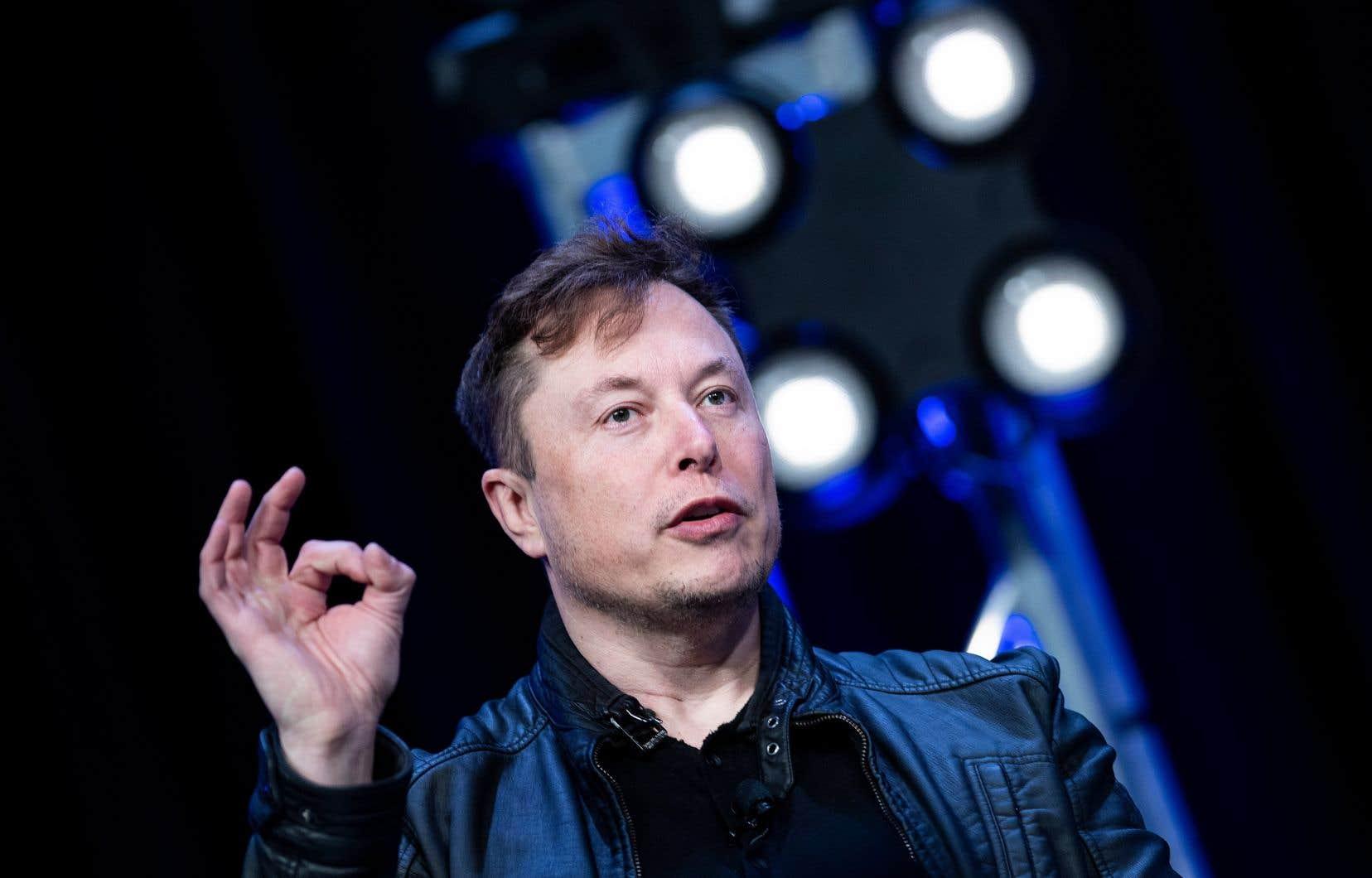 Tesla reprenait la production lundi, à l'encontre des règles locales.