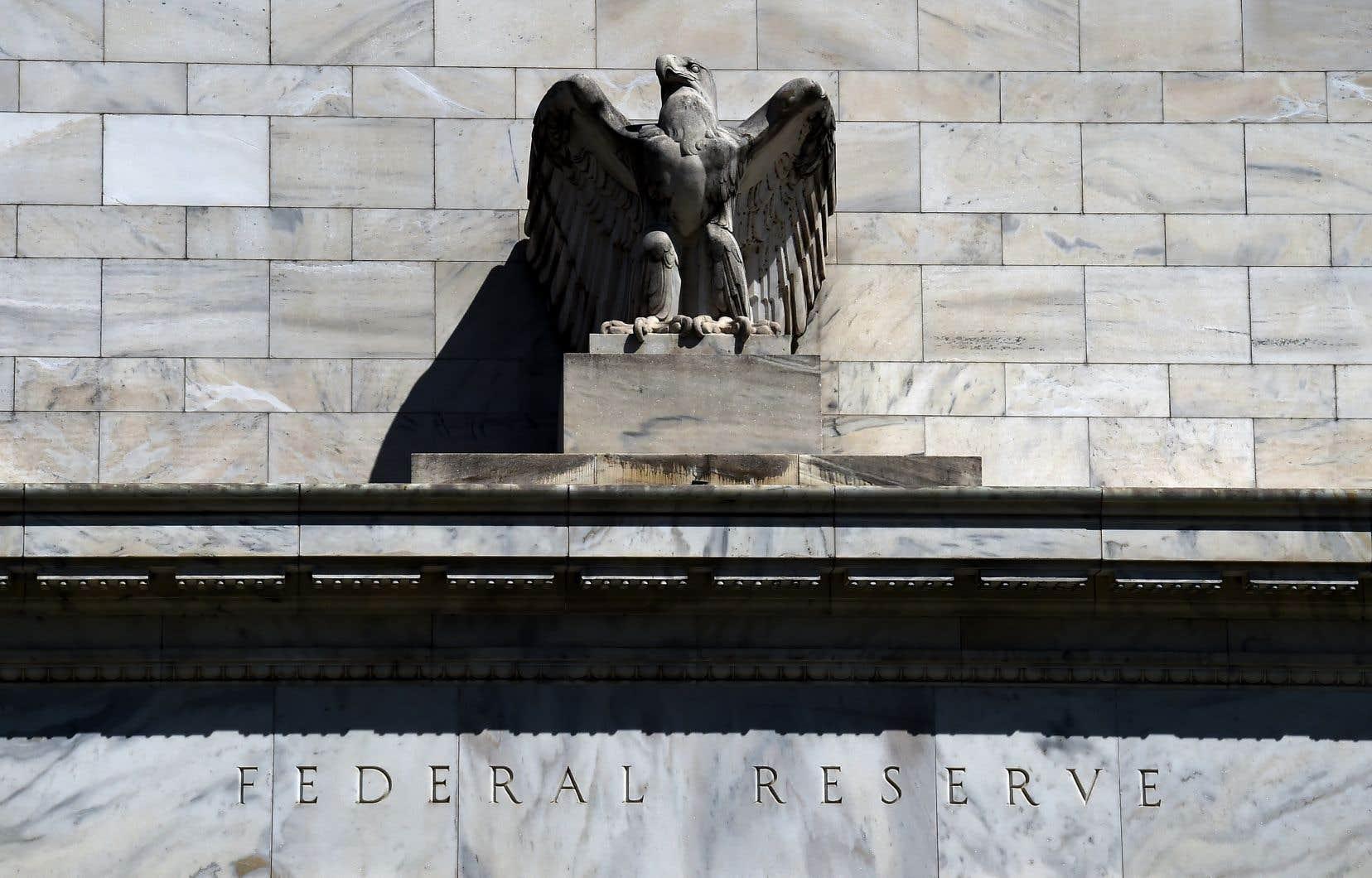 La Fed a rappelé que les 20 millions d'emplois perdus en moins de deux mois effacent les gains accumulés lors de la dernière décennie.