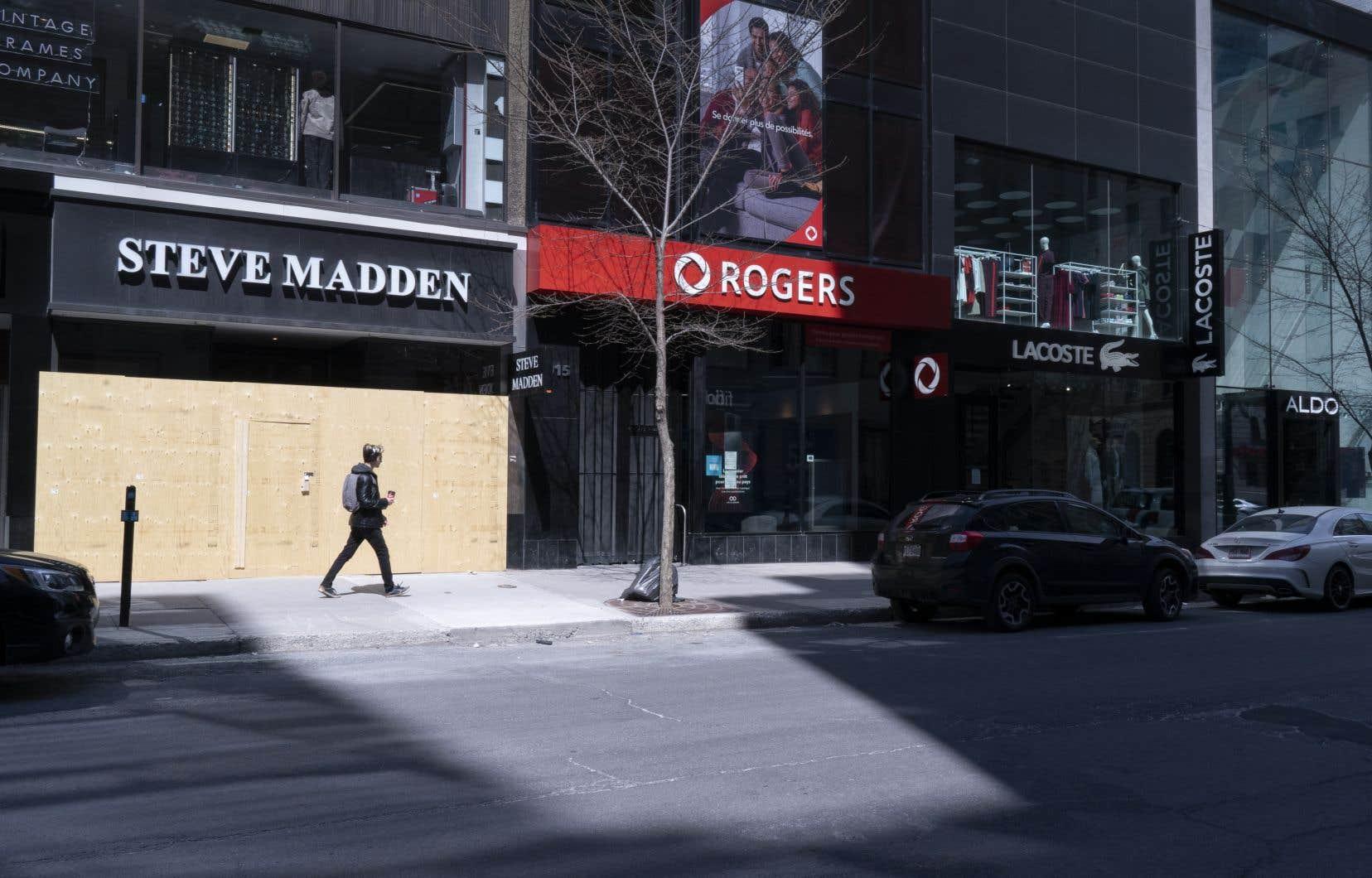 Les commerces de la grande région de Montréal qui ont une devanture extérieure pourront rouvrir le 25mai.