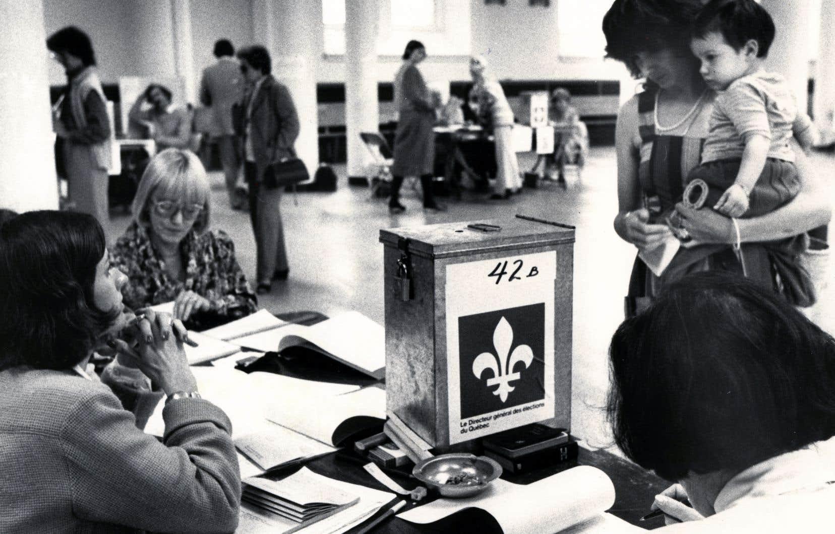 «Au final, la stratégie du référendum de 1980 fut une grave erreur dont le Parti québécois et, surtout, le Québec paient encore le prix aujourd'hui», constate l'auteur.