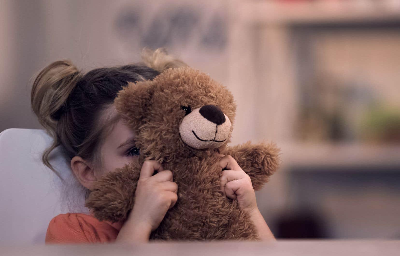 Selon des données présentées jeudi, 46% des filles et 5% des garçons issus des centres jeunesse ont subi des violences sexuelles.