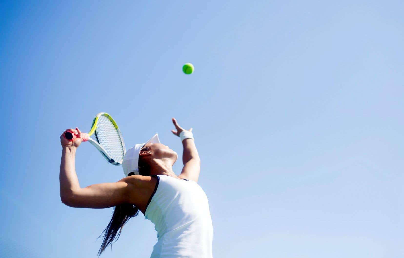 Les terrains de tennis rouvriront eux progressivement au cours des deux prochaines semaines et seule la pratique libre en simple y sera autorisée.