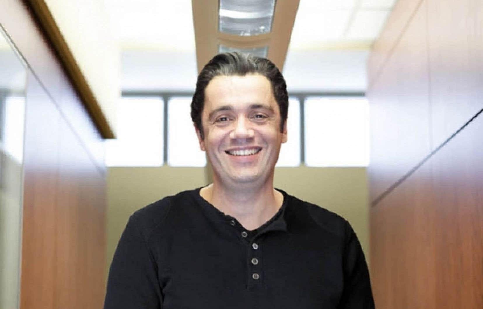 Vincent Dumez, dont les quotidien «est rythmé par trois maladies chroniques», a pris la tête du nouveau bureau de l'expertise patient partenaire de la Faculté de médecine de l'UdeM.<br />