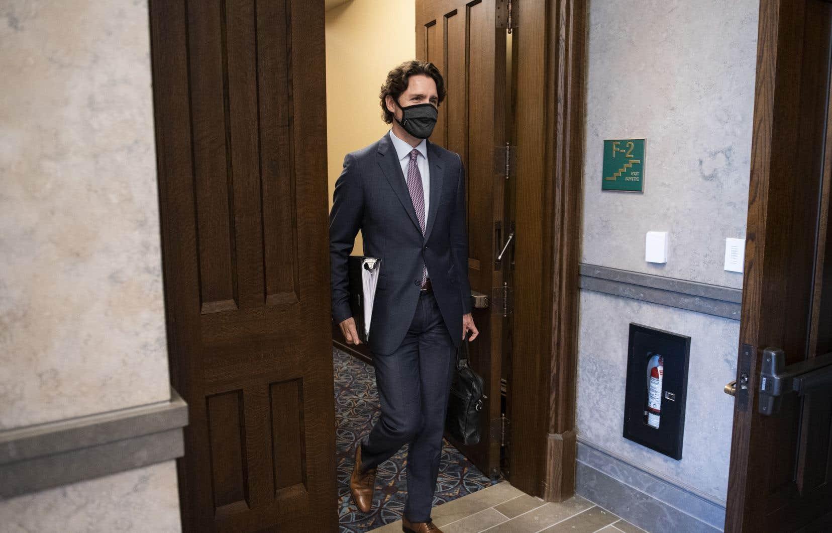 Justin Trudeau a déclaré mercredi qu'il était prêt à un G7 en personne pourvu que le gouvernement Trump prenne les mesures nécessaires pour garantir que les enjeux de santé publique sont correctement pris en compte.