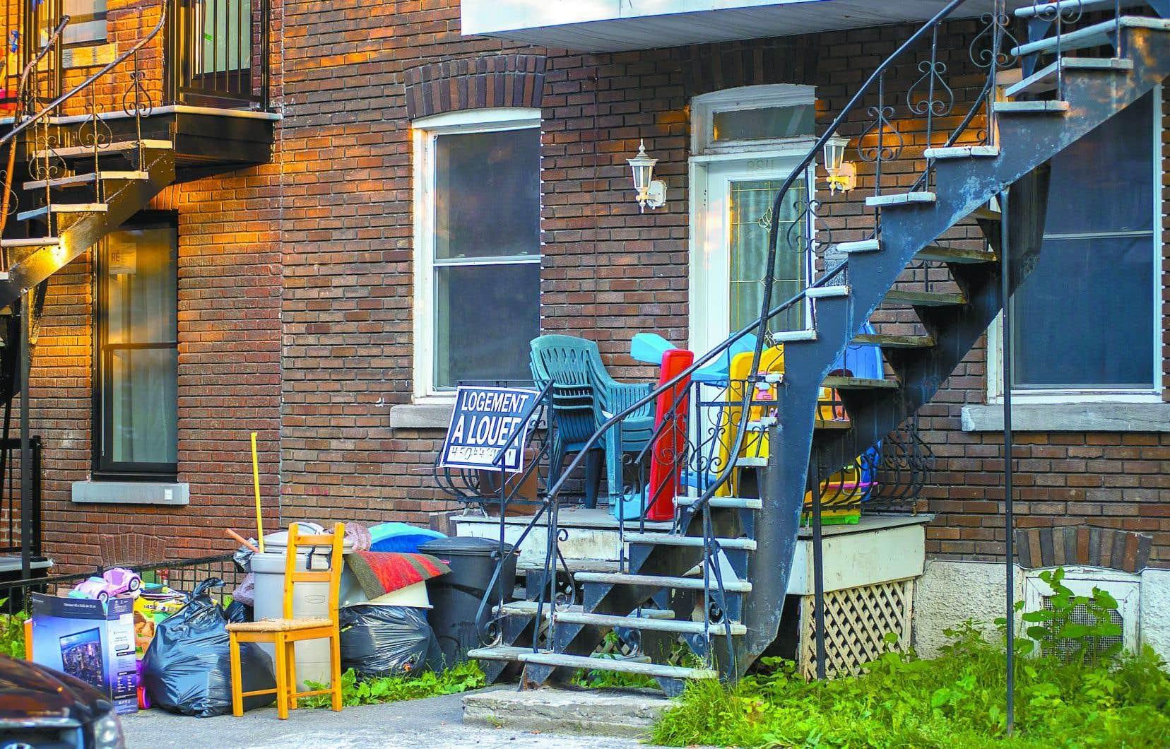 Le virus a non seulement plongé dans la précarité bon nombre de familles, mais aussi compliqué grandement la recherche d'appartements.