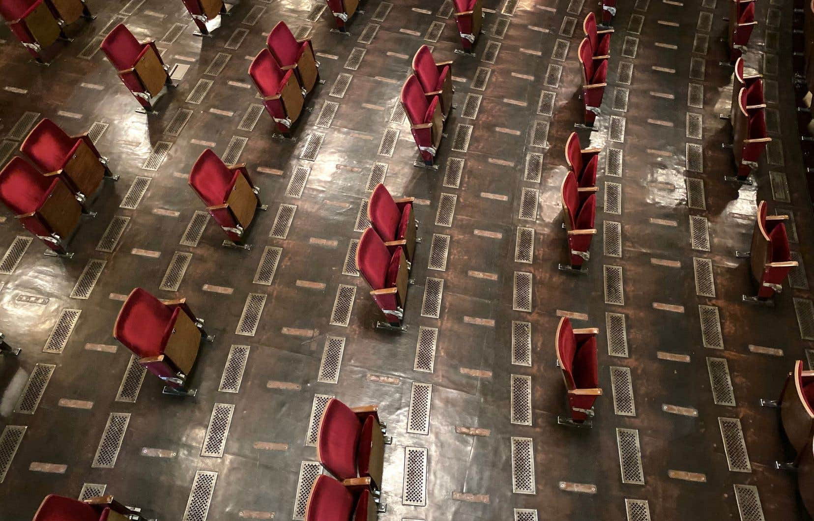 Le Berliner Ensemble a reconfiguré sa salle.