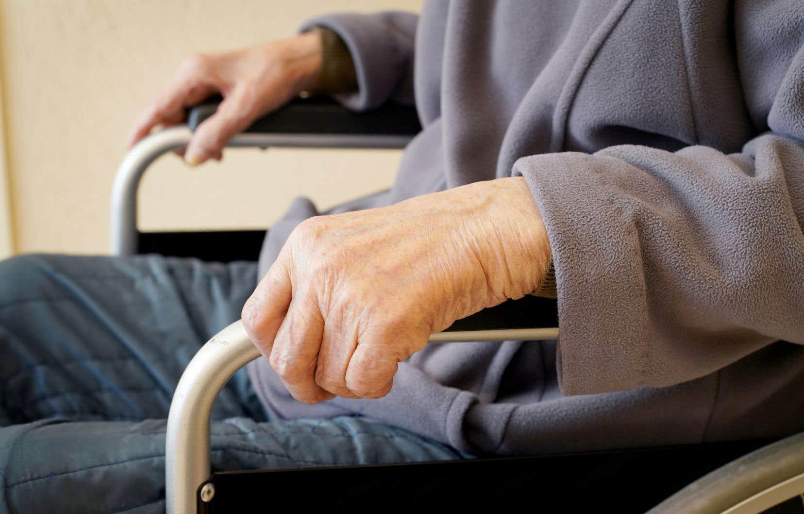 «Il faudra remettre la personne au cœur du système de santé et de services sociaux», insiste l'auteur.