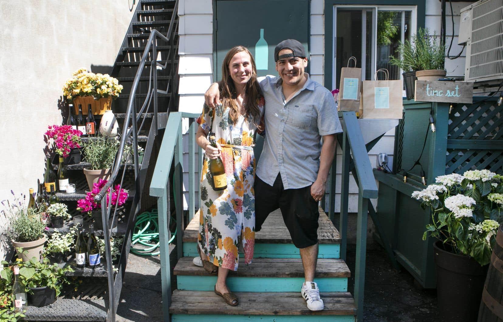 Avec son partenaire d'affaire Juan Lopez Luna, Lindsay Brennan vient d'ouvrir une petite rôtisserie, Tinc Set, accessible par une ruelle derrière le restaurant Alma.