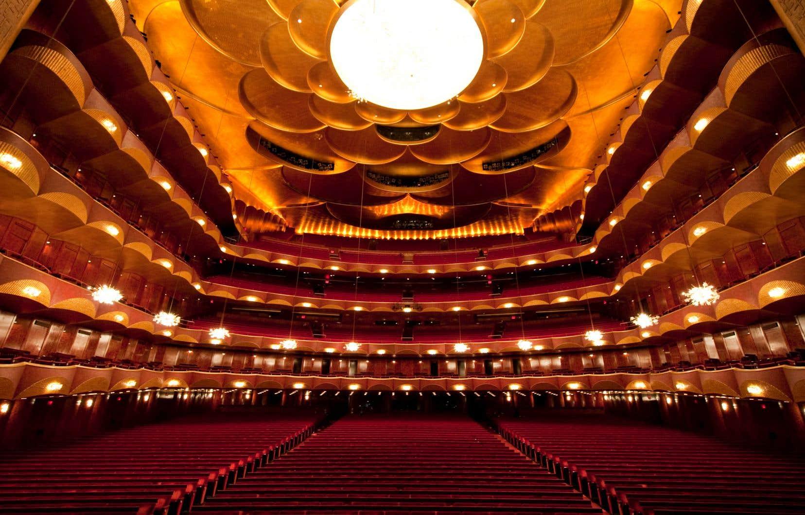 Le Metropolitan Opera de New York annule tous les concerts jusqu'au 1er janvier 2021.