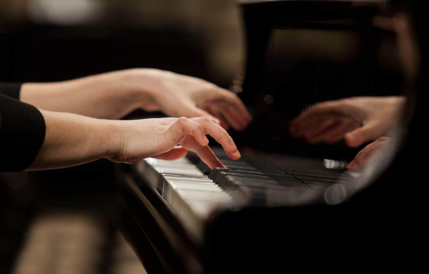 «L'équilibre si fragile de la scène musicale québécoise et sa diversité ont besoin d'oxygène et d'horizon», souligne l'autrice.