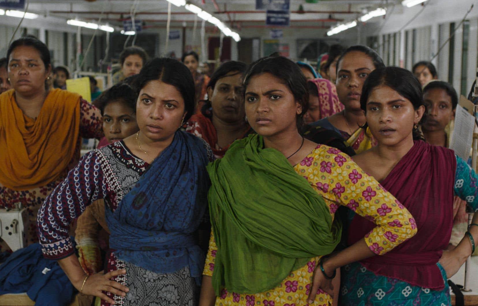 Réalisé par Rubaiyat Hossain, une native du Bangladesh qui a étudié le cinéma aux États-Unis, «Made in Bangladesh» s'inspire du combat de Daliya Akhtar Dolly, qui parvint de haute lutte à syndiquer l'usine textile qui l'employait. La cinéaste et elle ont coécrit le scénario qui s'attarde au parcours semé d'embûches de Shimu, 23 ans.