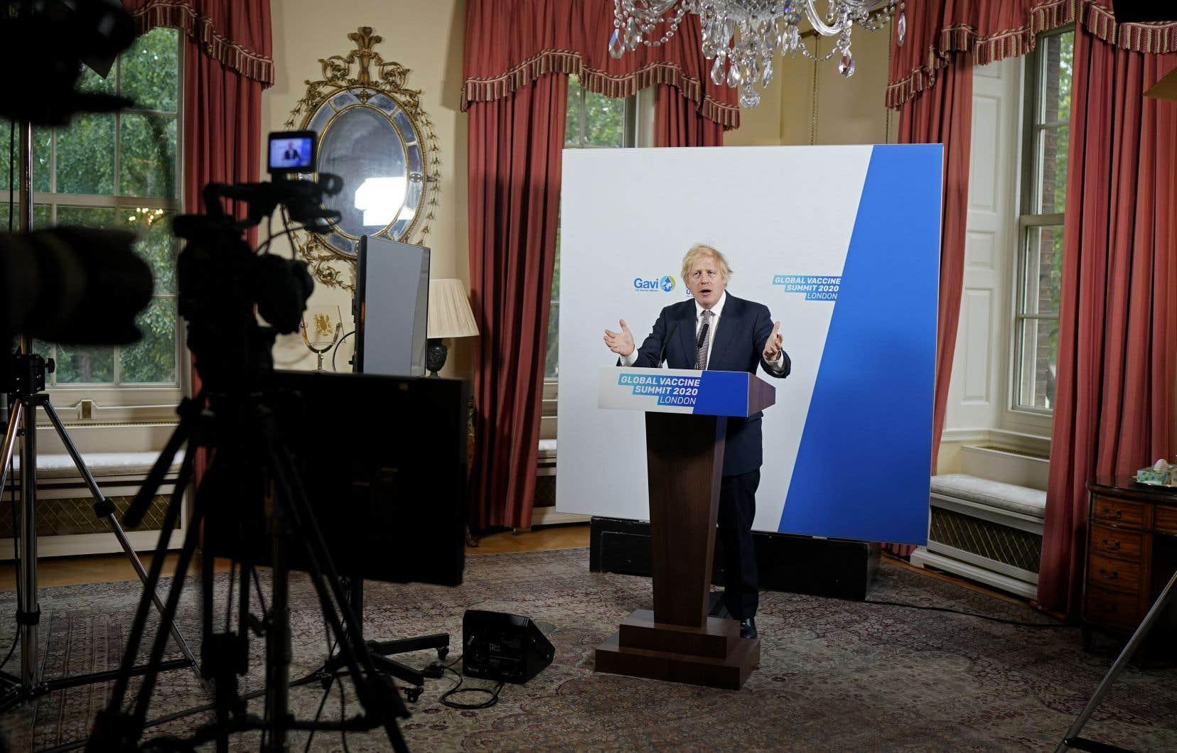 Boris Johnson avait organisé un sommet virtuel qui avait pour but de garantir aux pays pauvres un accès rapide et universel à un éventuel vaccin contre le coronavirus.