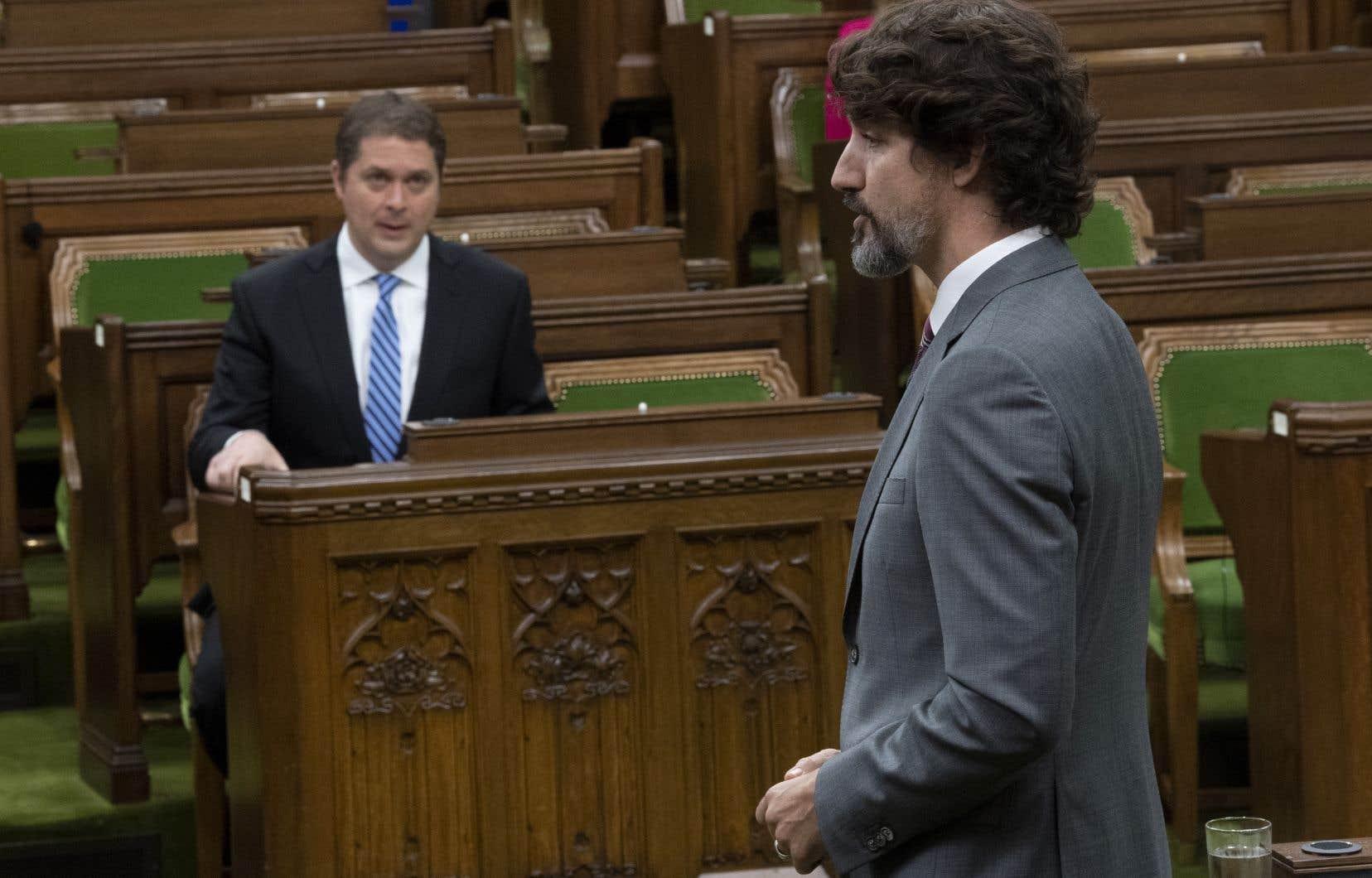 Quatre des cinq partis politiques représentés à la Chambre des communes ont réclamé la subvention salariale, car leurs levées de fonds ont cessé pendant la pandémie.