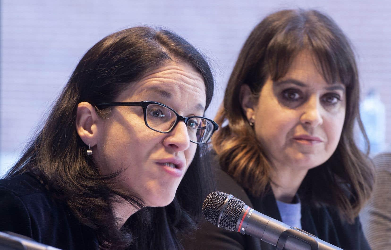 Laministre de la Justice, Sonia LeBel, et la porte-parole du PQ en matière de justice, Véronique Hivon.
