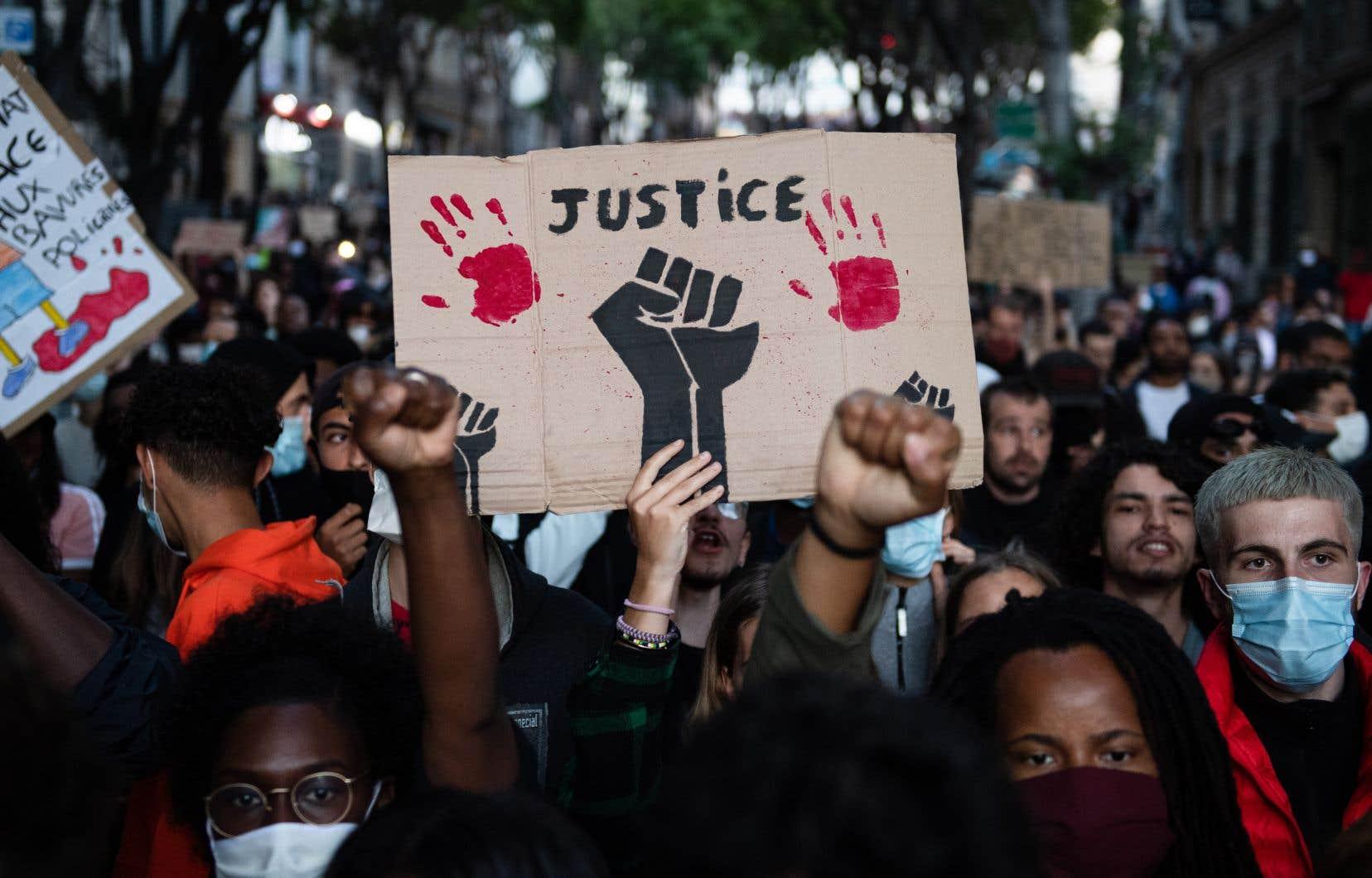 Les manifestations accusant la police française de racisme et de violence, et dénonçant plus largement le racisme dans en France se multiplient.