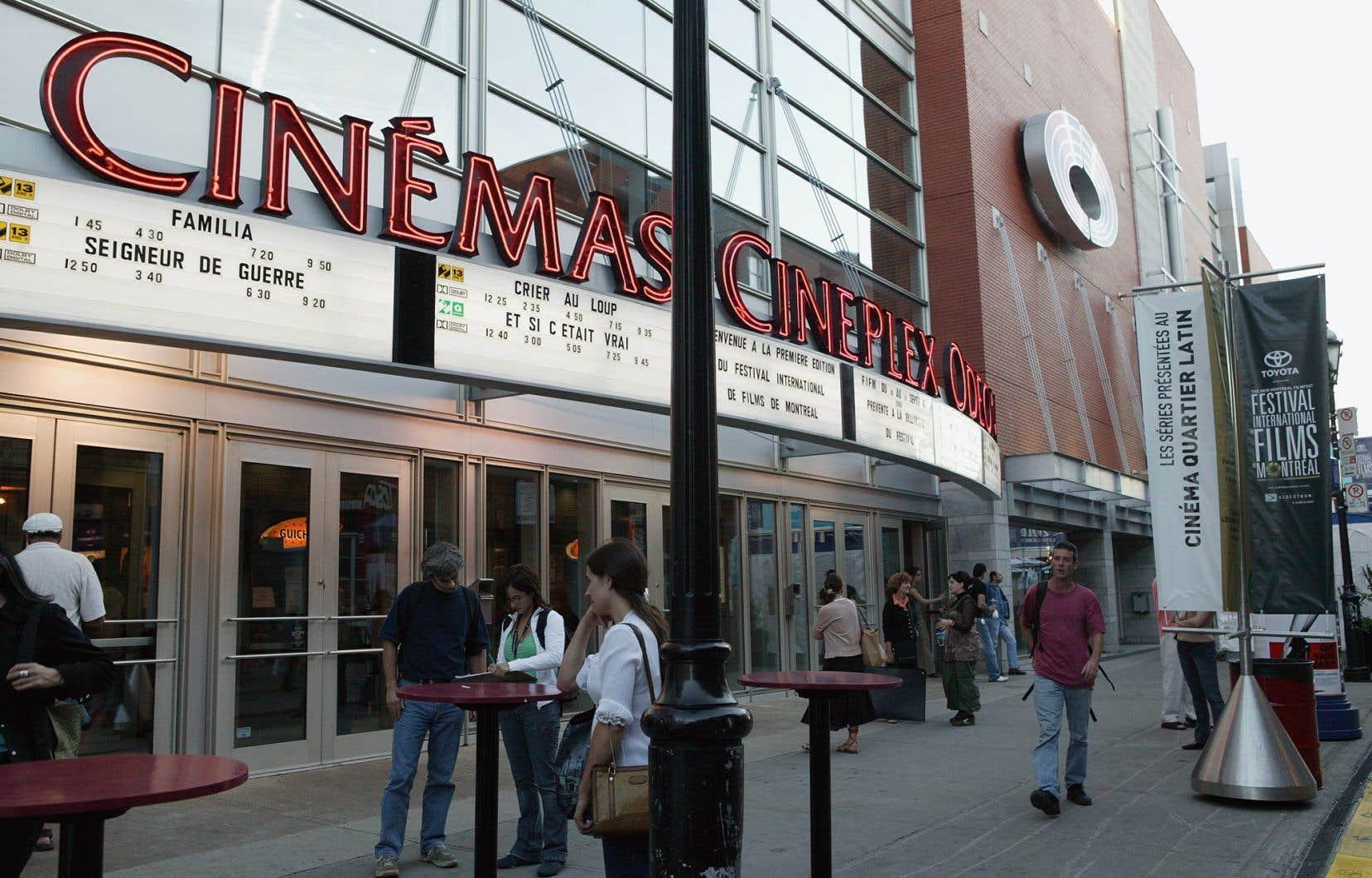 Le géant Cineplex a annoncé la réouverture graduelle de ses salles partout au pays à partir du 26juin, en commençant par l'Alberta.