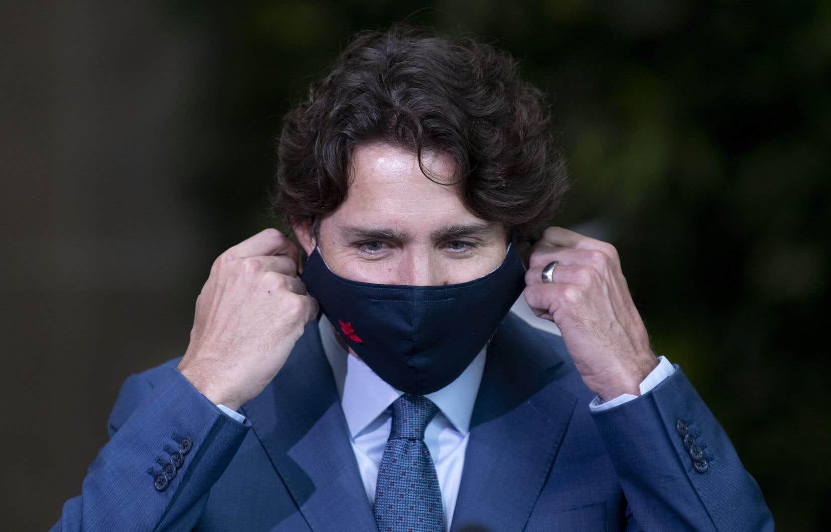 Le premier ministre Justin Trudeau fait le point sur la pandémie de coronavirus.