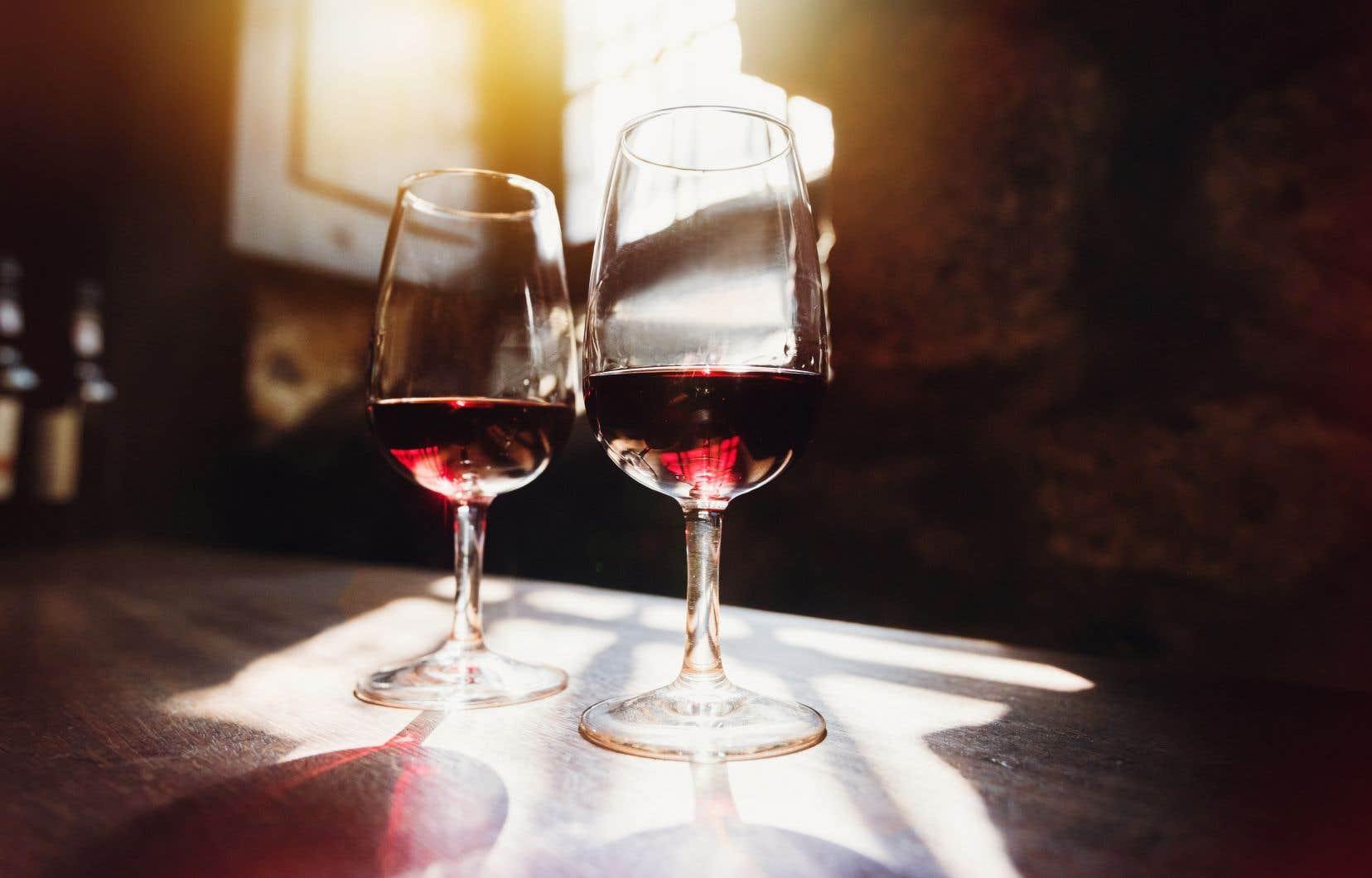 Deux vins rouges s'opposent en dégustation cette semaine.