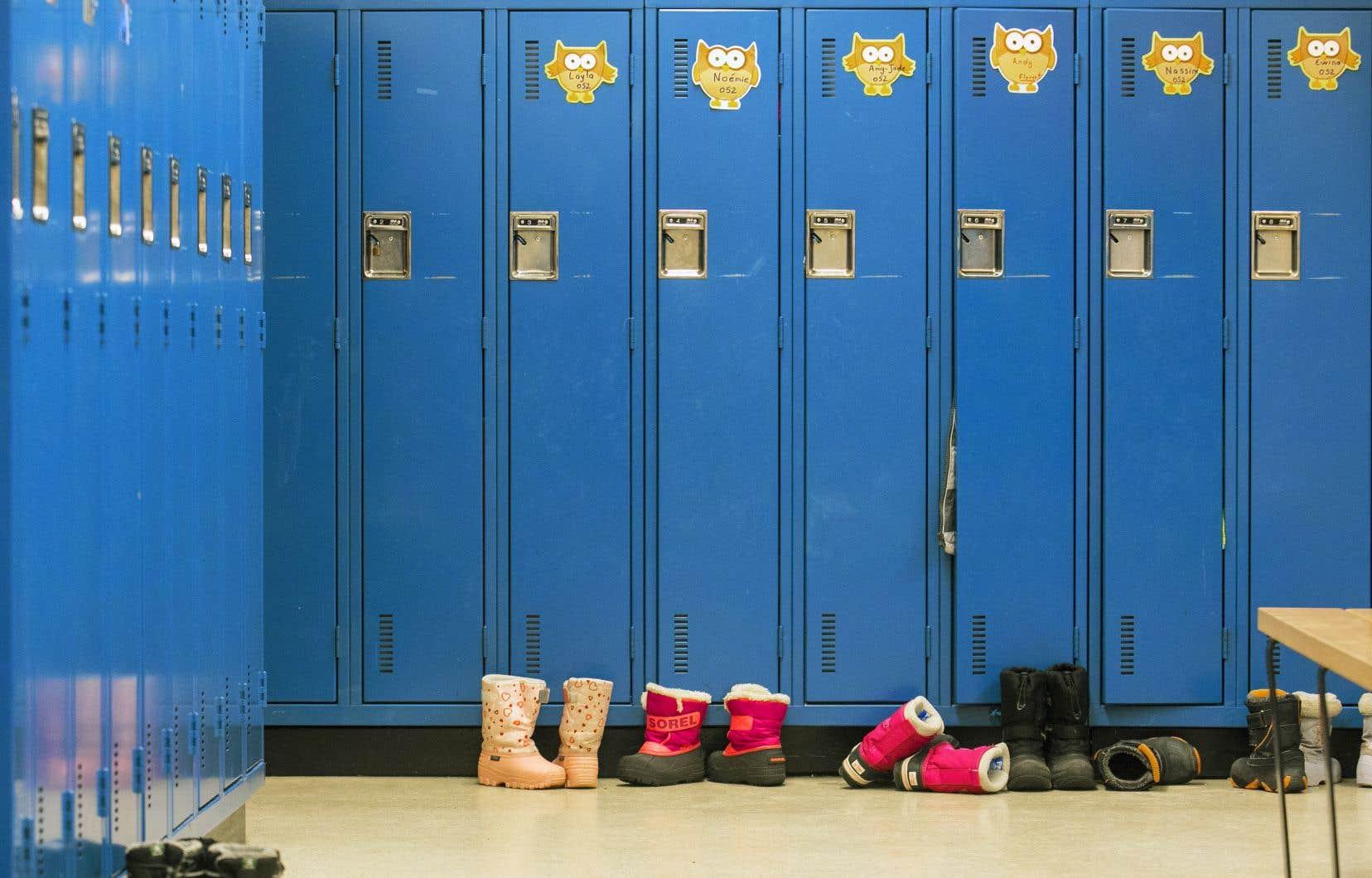 Dans le contexte actuel, la Centrale des syndicats du Québec (CSQ) s'interroge sur les effets pervers potentiels du programme d'aide aux élèves doués.