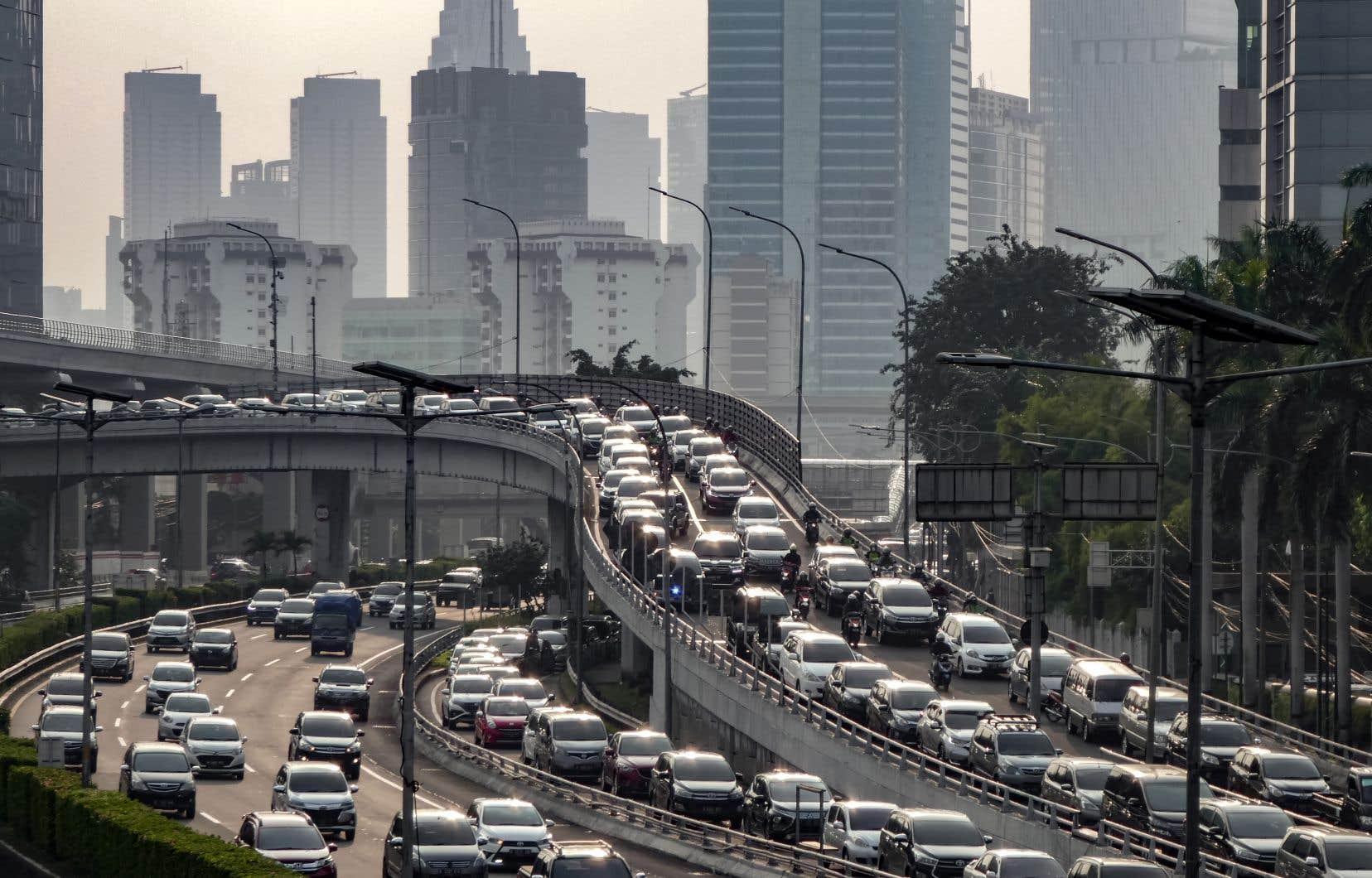 L'heure de pointe à Jakarta, en Indonésie, le 12 juin