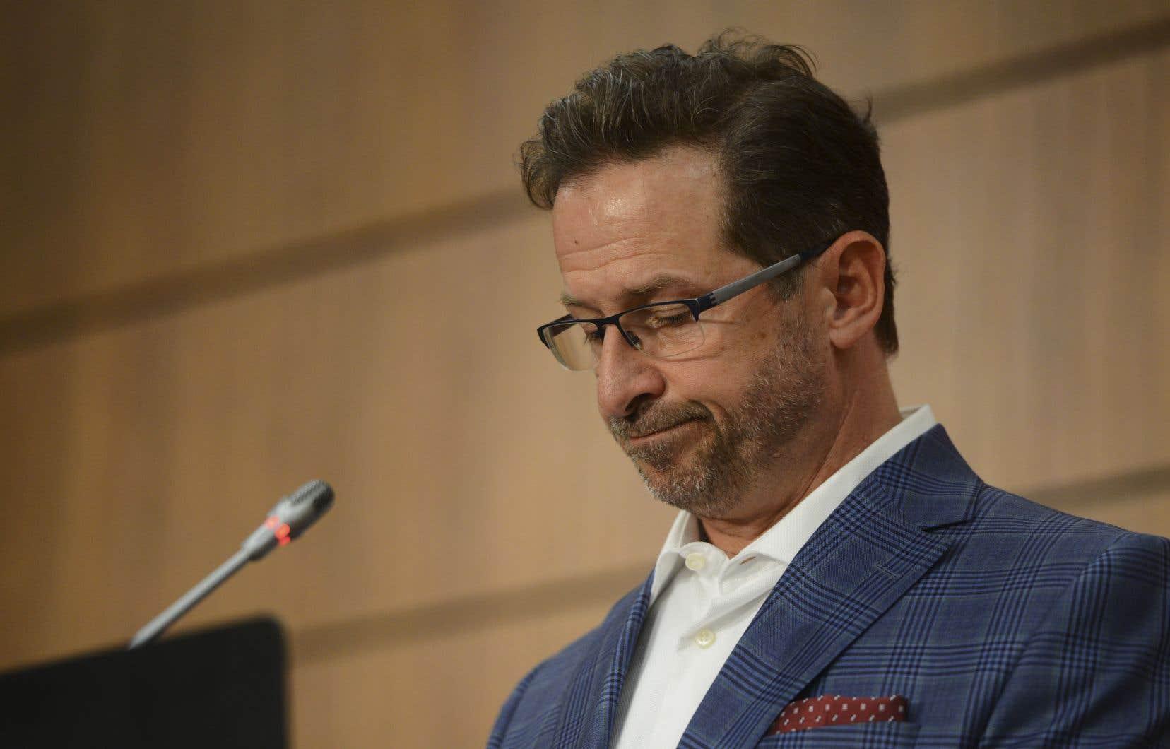 Le chef du Bloc québécois, Yves-François Blanchet, refuse de dire si son parti acceptera les conclusions d'un comité fédéral qui se penchera sur l'existence du racisme systémique au sein des services policiers au Canada.