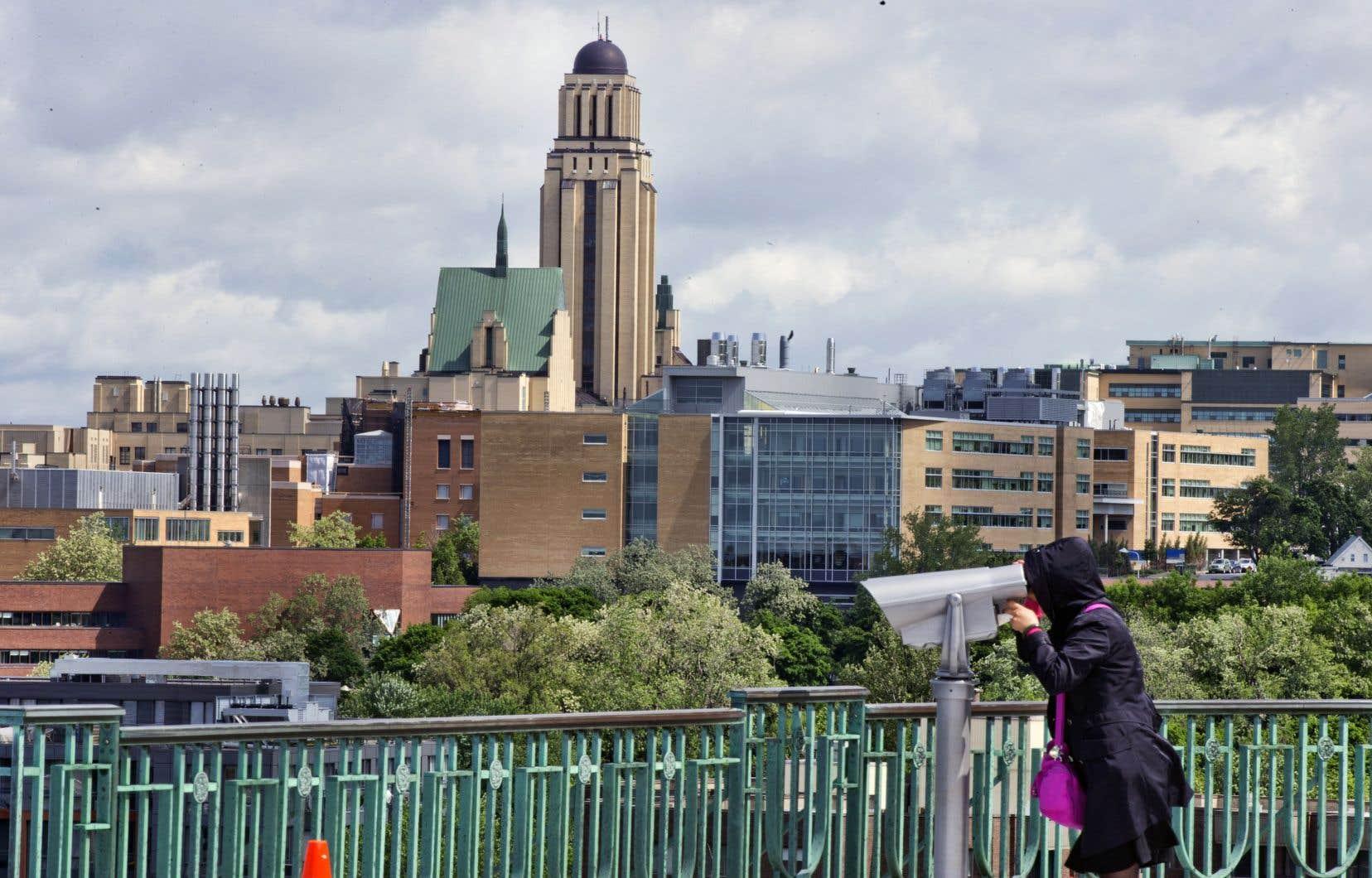 Une coalition montréalaise exige le retrait d'une subvention fédérale octroyée à l'Observatoire des profilages de l'Université de Montréal.