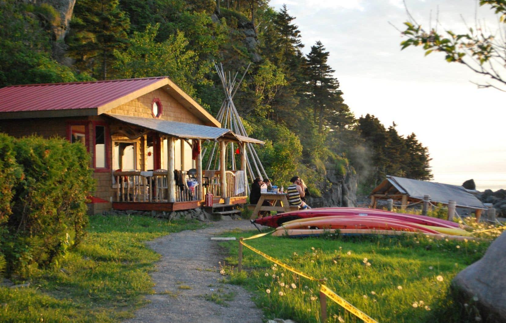 L'auberge festive Sea Shack, à  Sainte-Anne-des-Monts, en Gaspésie