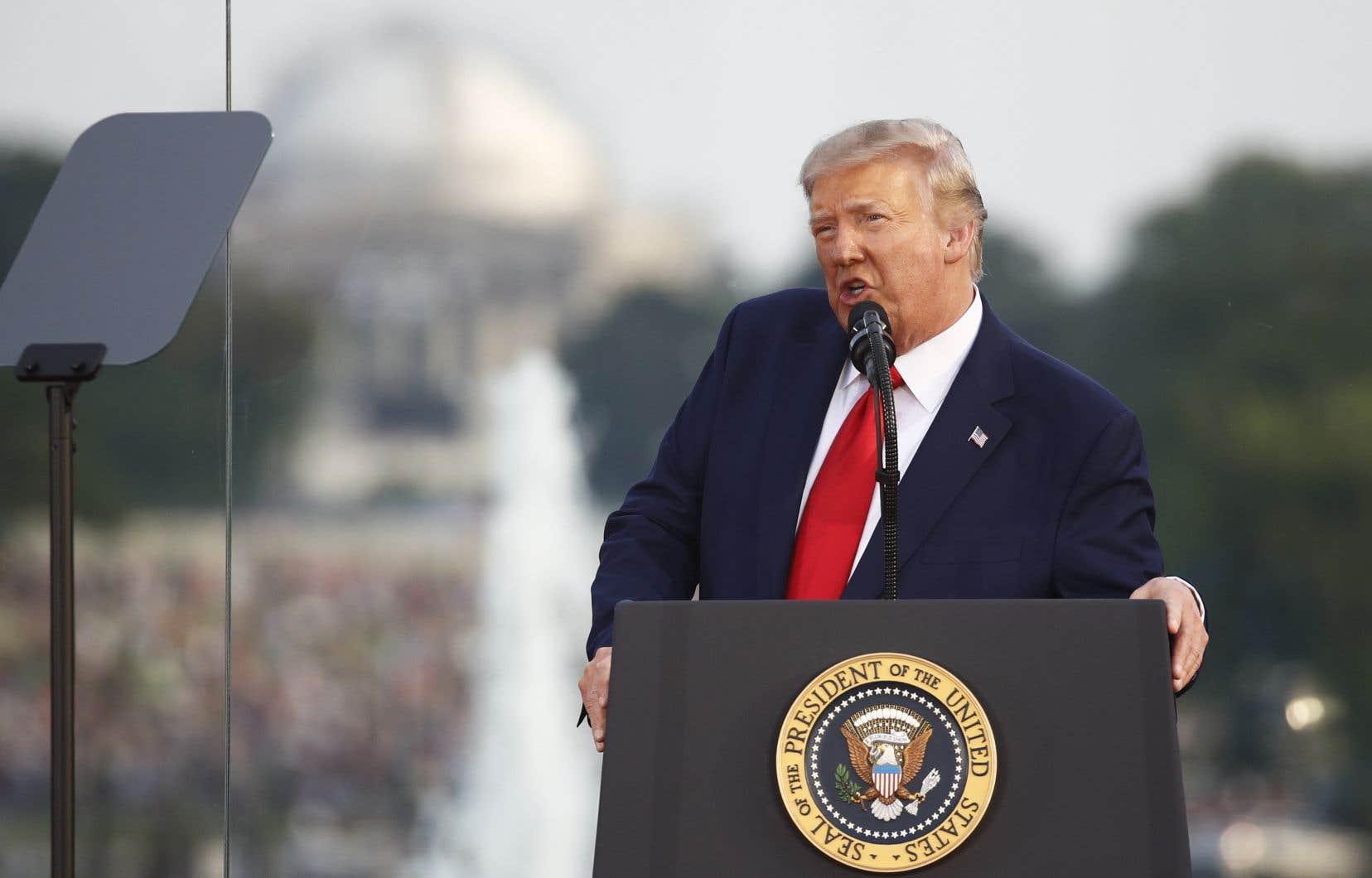 Le président des États-Unis, Donald Trump, était loin d'un ton traditionnellement rassembleur des allocutions présidentielles du 4 juillet, la fête nationale américaine.