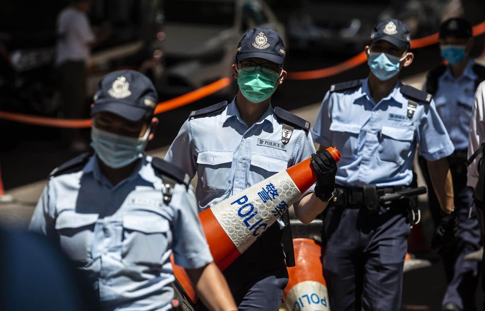 Plusieurs pays ont appelé la Chine à revenir sur sa loi sur la sécurité nationale à Hong Kong, qui fait craindre à l'opposition démocrate locale un grave recul des libertés en vigueur dans la Région administrative spéciale revenue à la Chine en 1997.