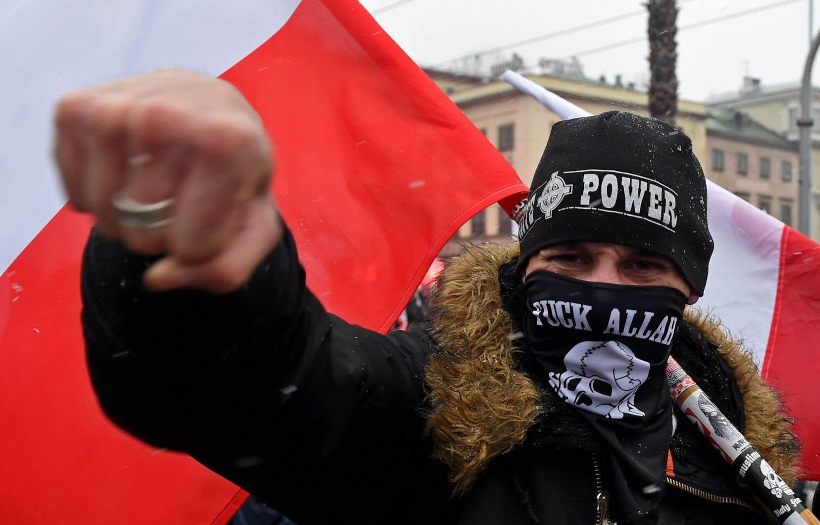 L'islamisme et le radicalisme identitaire, deux idéologies qui se nourrissent et se confortent mutuellement, pense l'auteur.