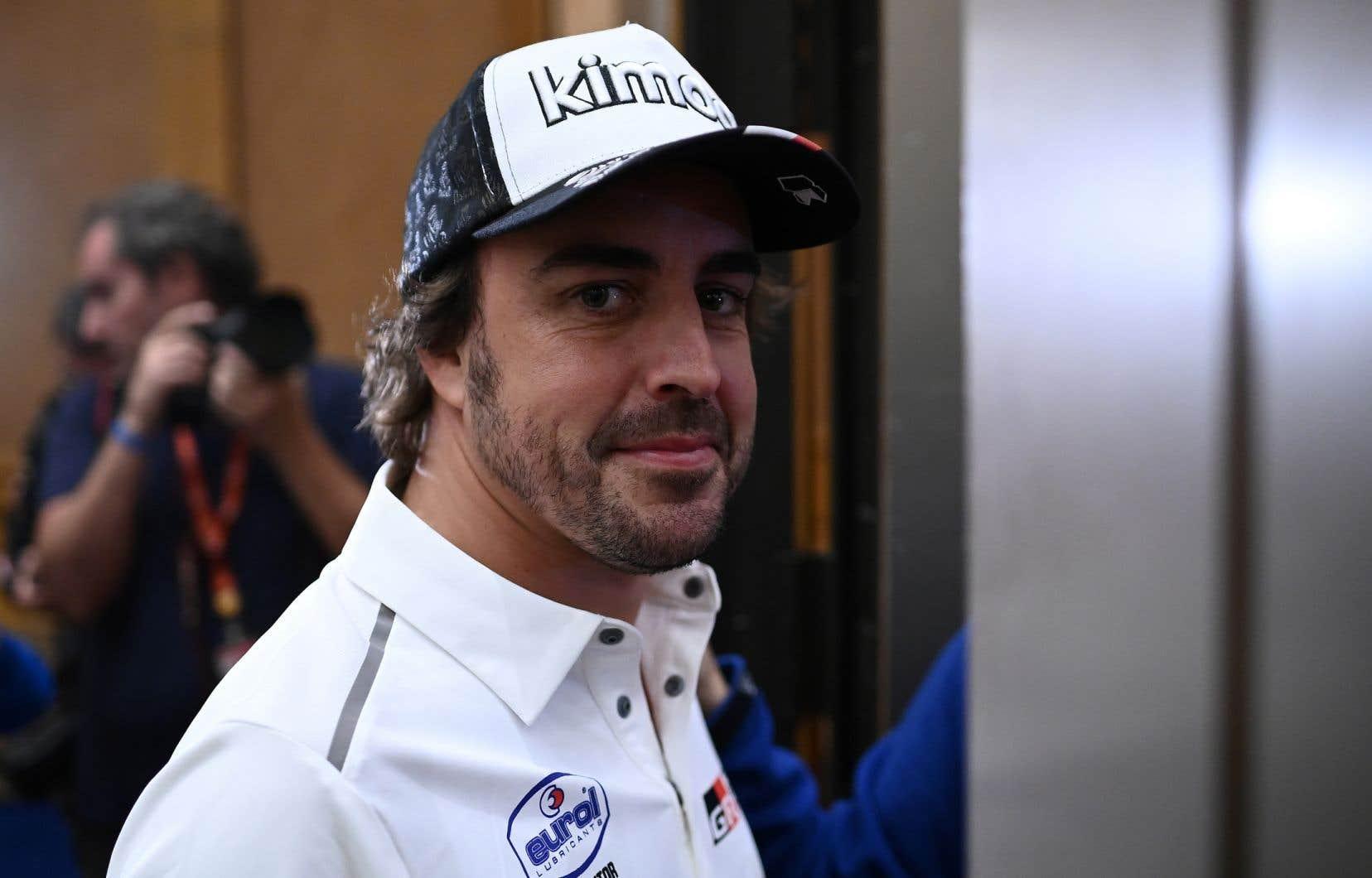 La durée du contrat d'Alonso, qui s'était retiré de la F1 fin 2018 avec l'espoir d'y revenir dans une position compétitive dans l'avenir, n'est pas précisée.