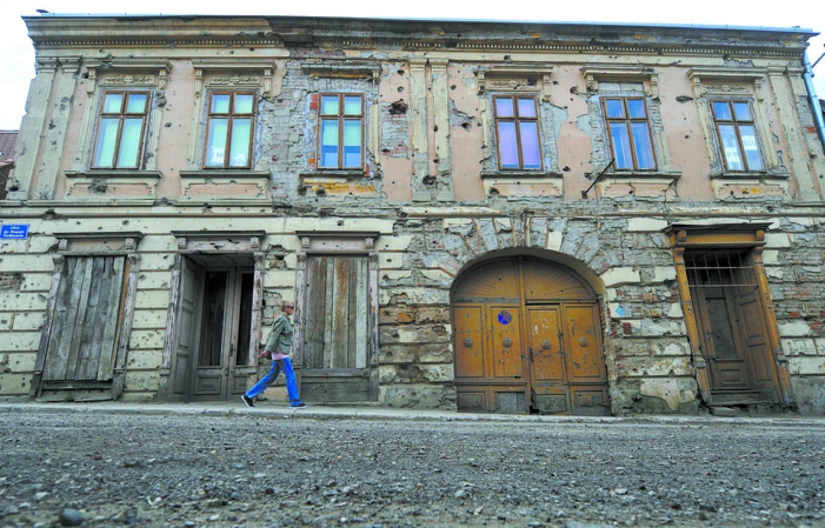 Entre Bruxelles et Vukovar (notre photo), Paul Colize recompose l'Histoire.