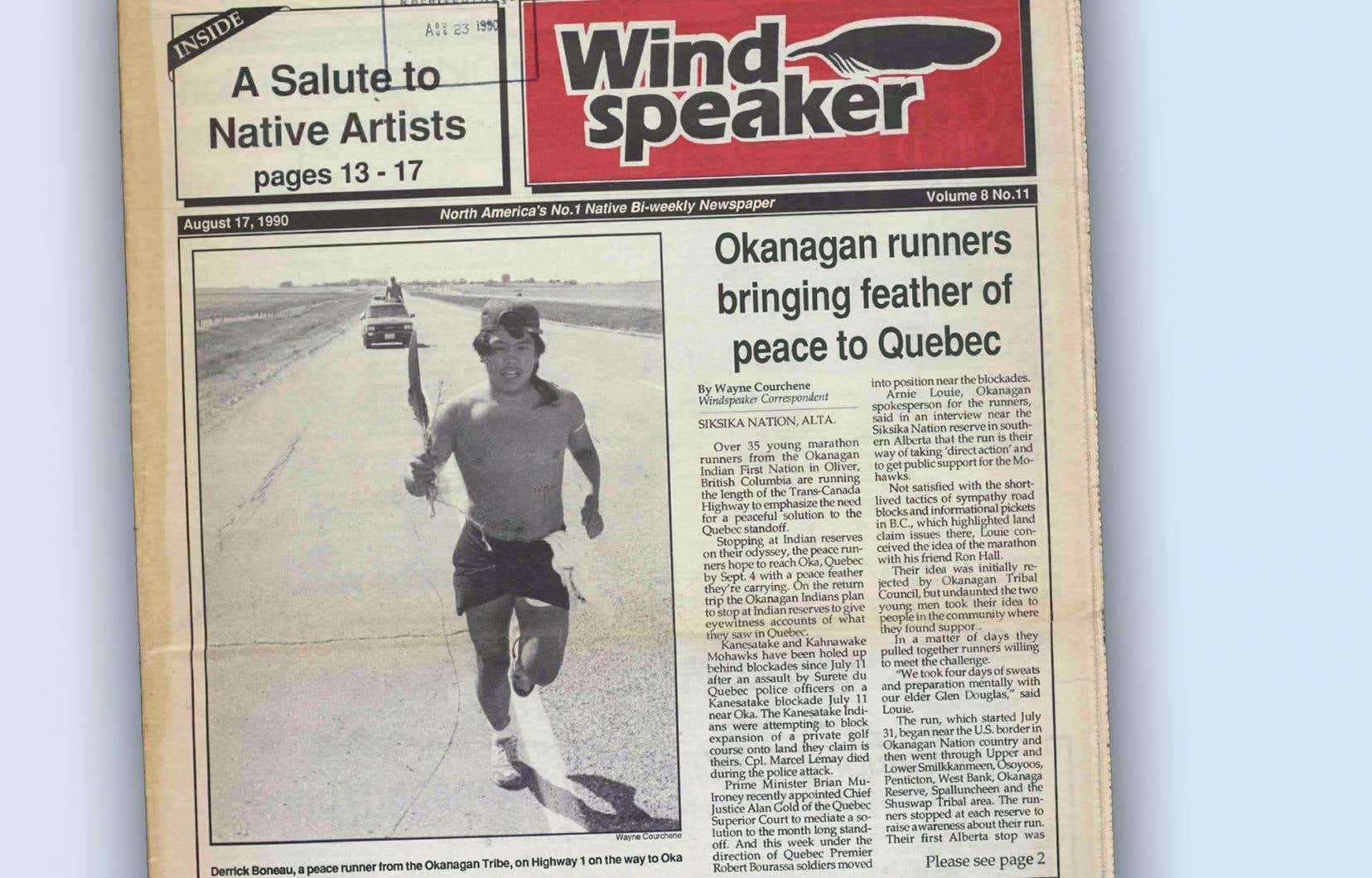 Le 17août 1990, l'un des coureurs de l'«Okanagan to Oka Run for Peace», Derrick Boneau, faisait la une du journal autochtone «The Windspeaker».