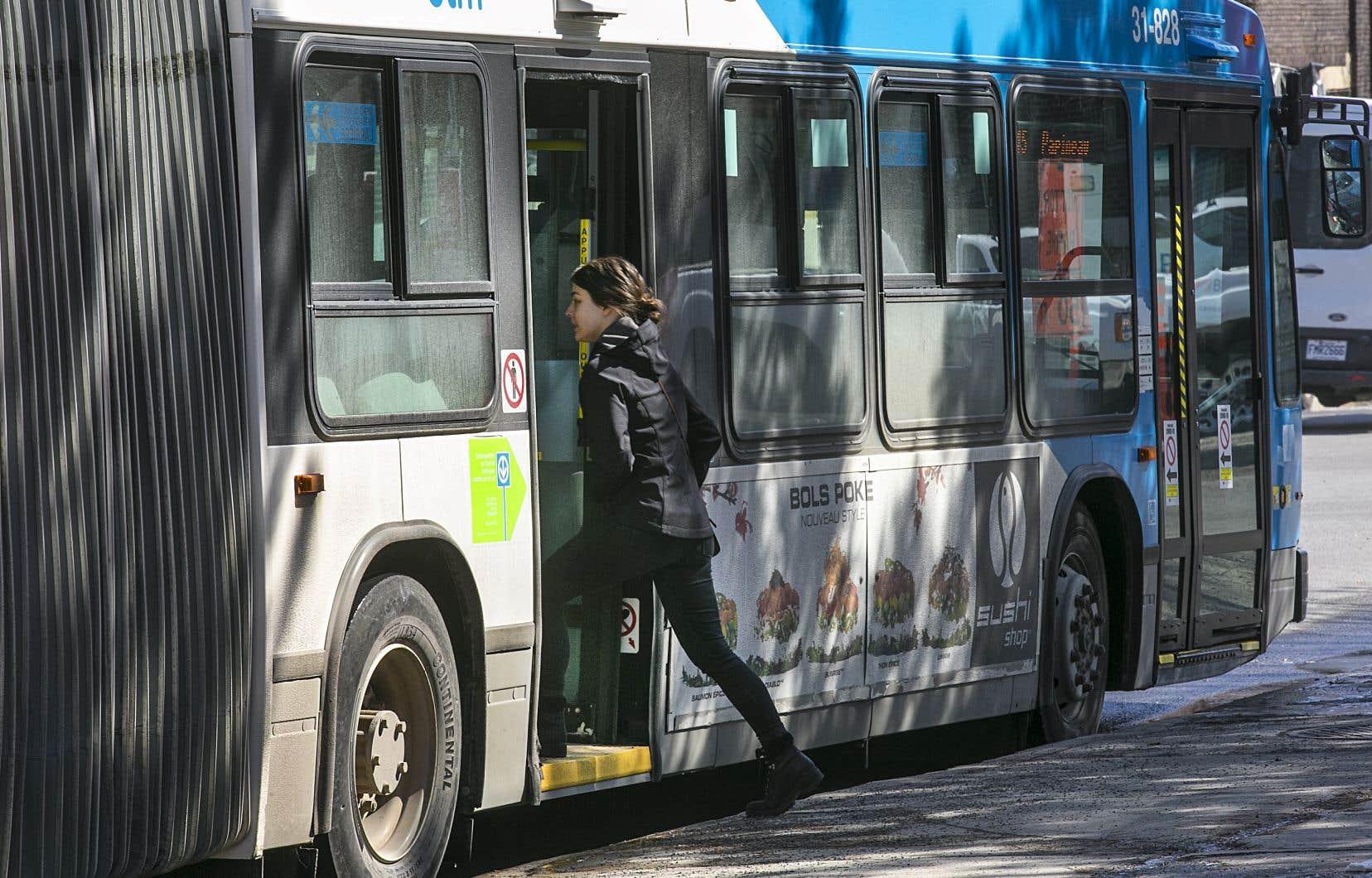 Àcompter du 13juillet, le port du couvre-visage sera obligatoire pour tous les usagers des transports en commun au Québec.