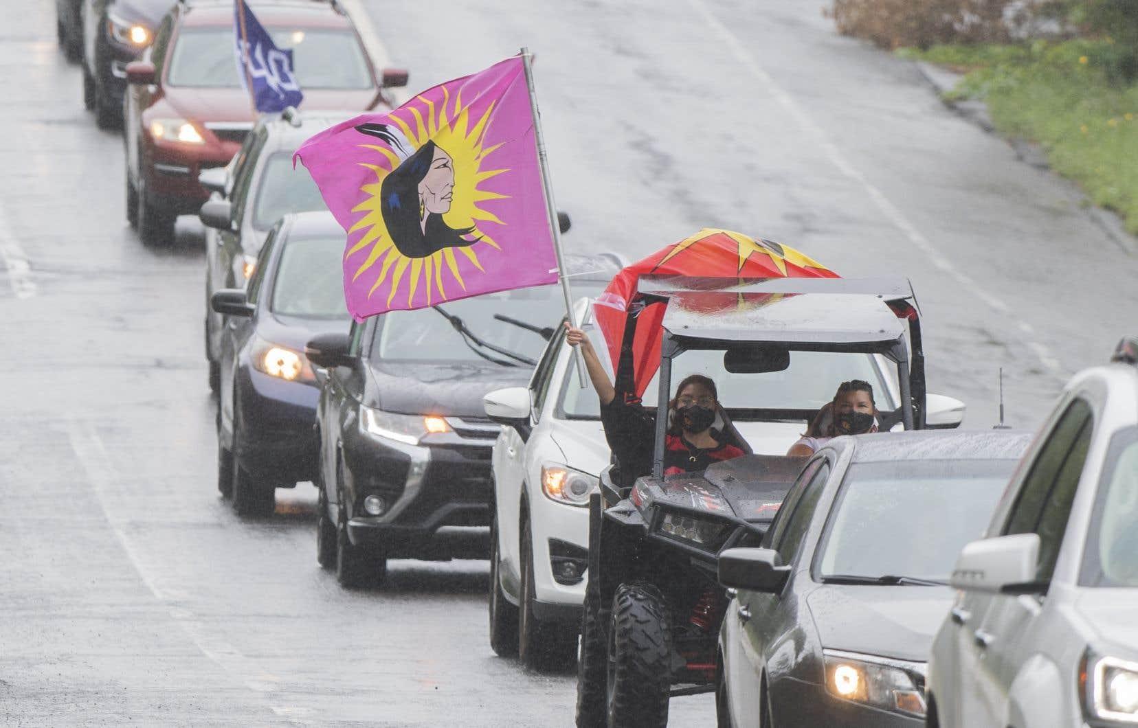 Un convoi a circulé samedi pour souligner les 30 ans de la crise d'Oka.