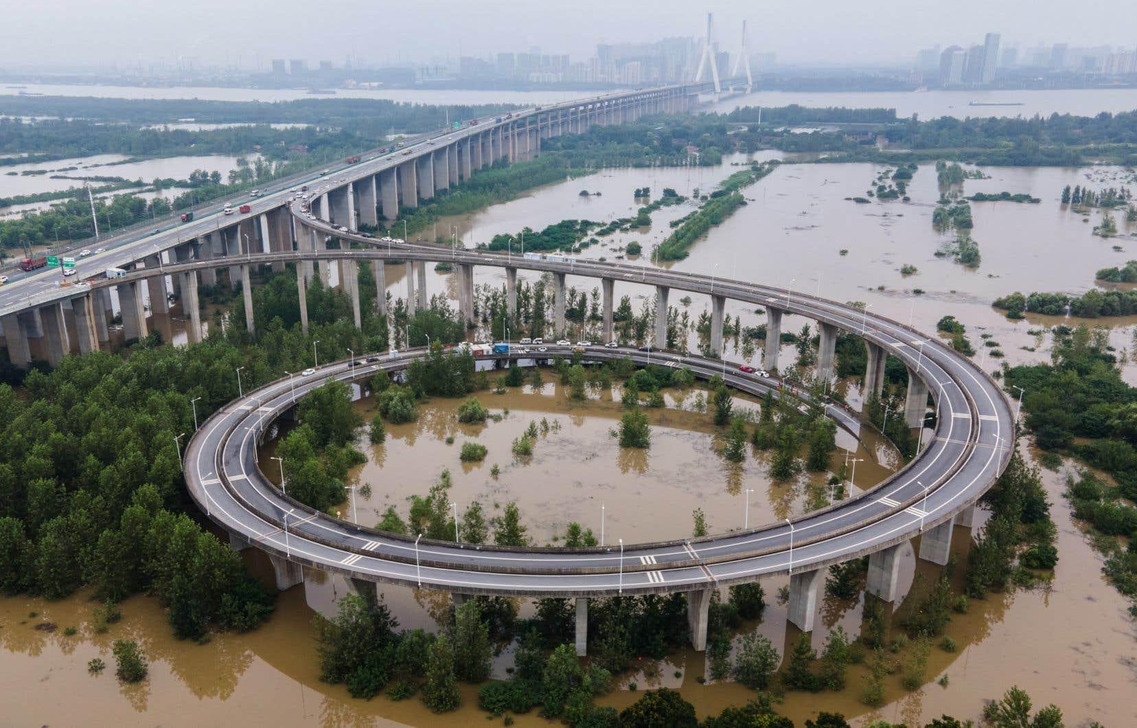 Des pluies récurrentes depuis juin ont inondé de vastes zones de la moitié sud du pays.
