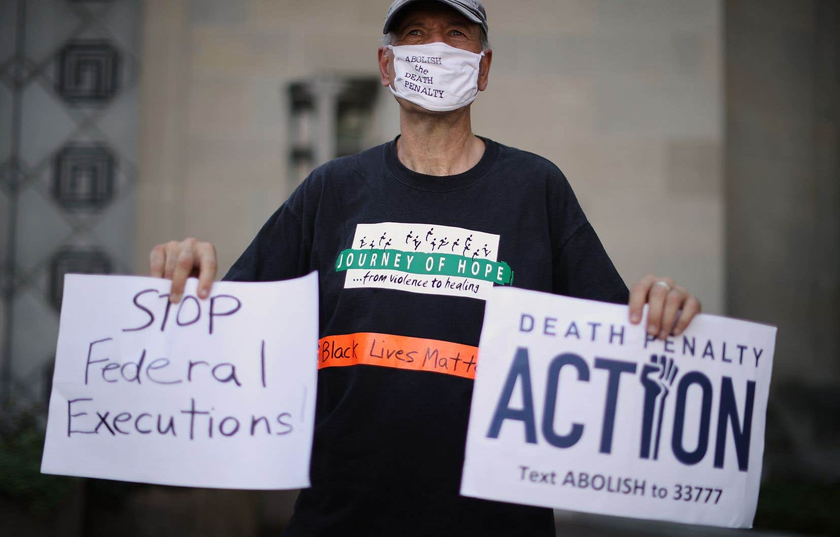 Selon les sondages, le soutien pour la peine de mort s'est érodé chez les Américains, mais reste fort chez les électeurs républicains, qui sont pour à 77% dans le cas des meurtriers.