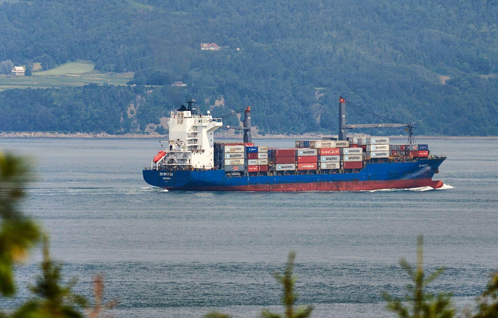 En mai, la valeur des exportations s'est établie à 5,48milliards de dollars.