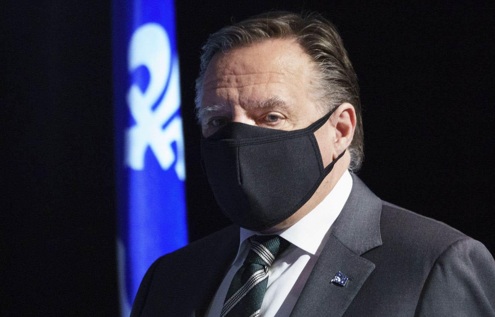 Le premier ministre, François Legault, tient un point de presse mercredi à Rivière-du-Loup.